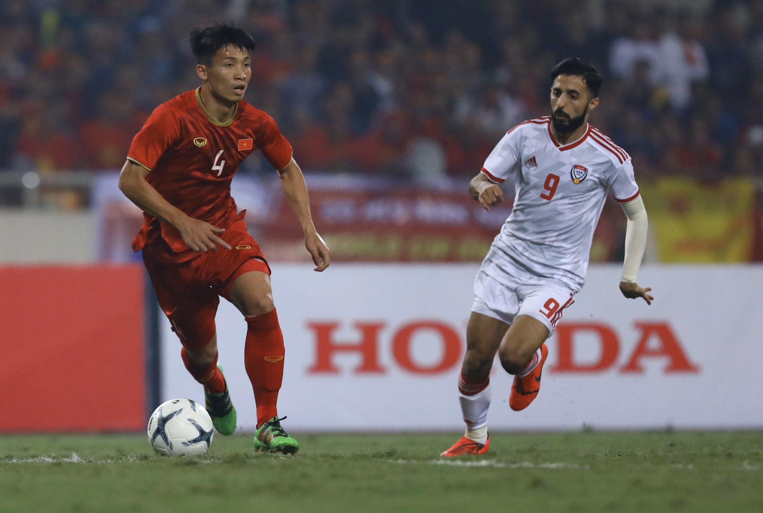 truc tiep Viet Nam vs UAE anh 23