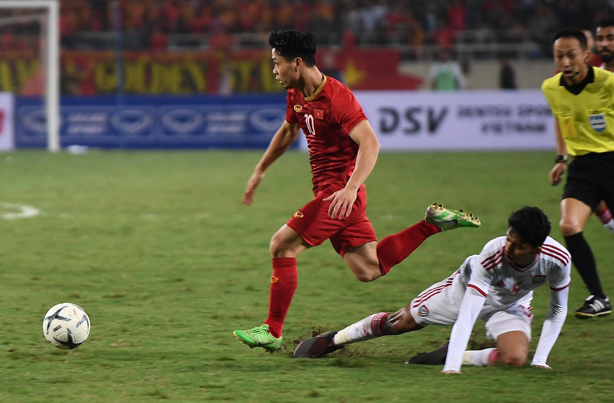 truc tiep Viet Nam vs UAE anh 32