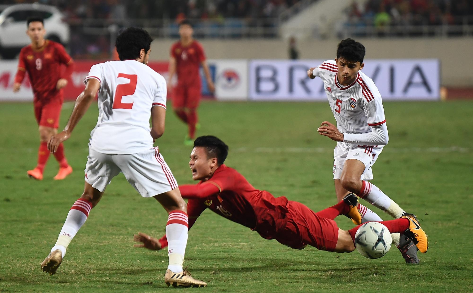 truc tiep Viet Nam vs UAE anh 24
