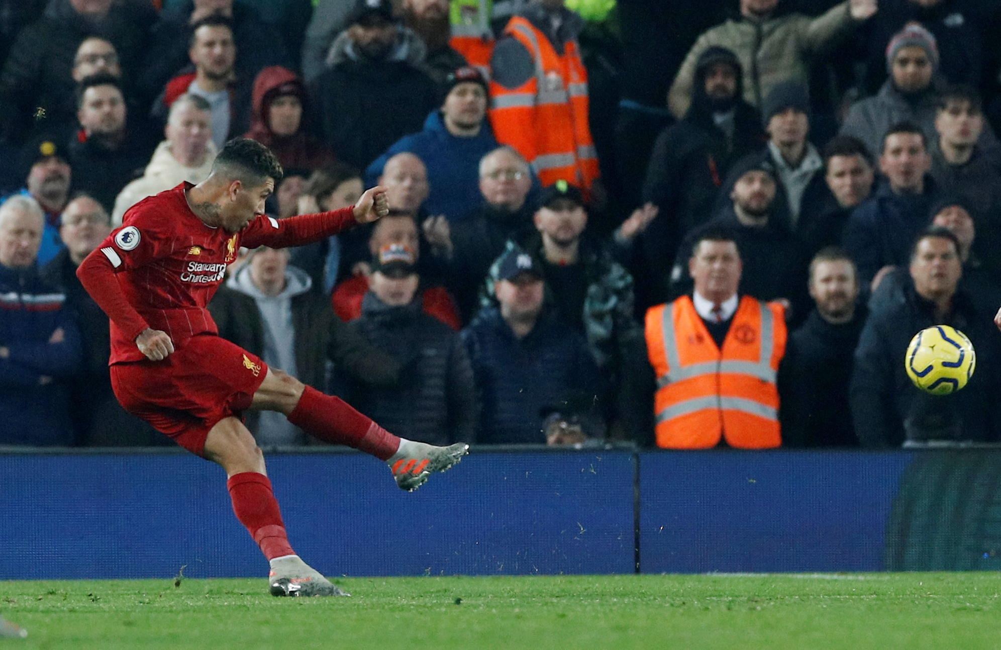 truc tiep Liverpool vs MU anh 18