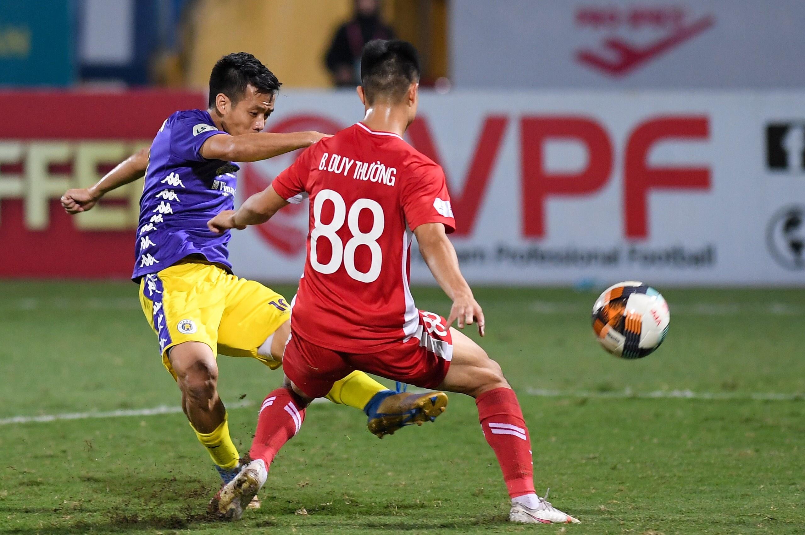 CLB Ha Noi vs Viettel anh 18