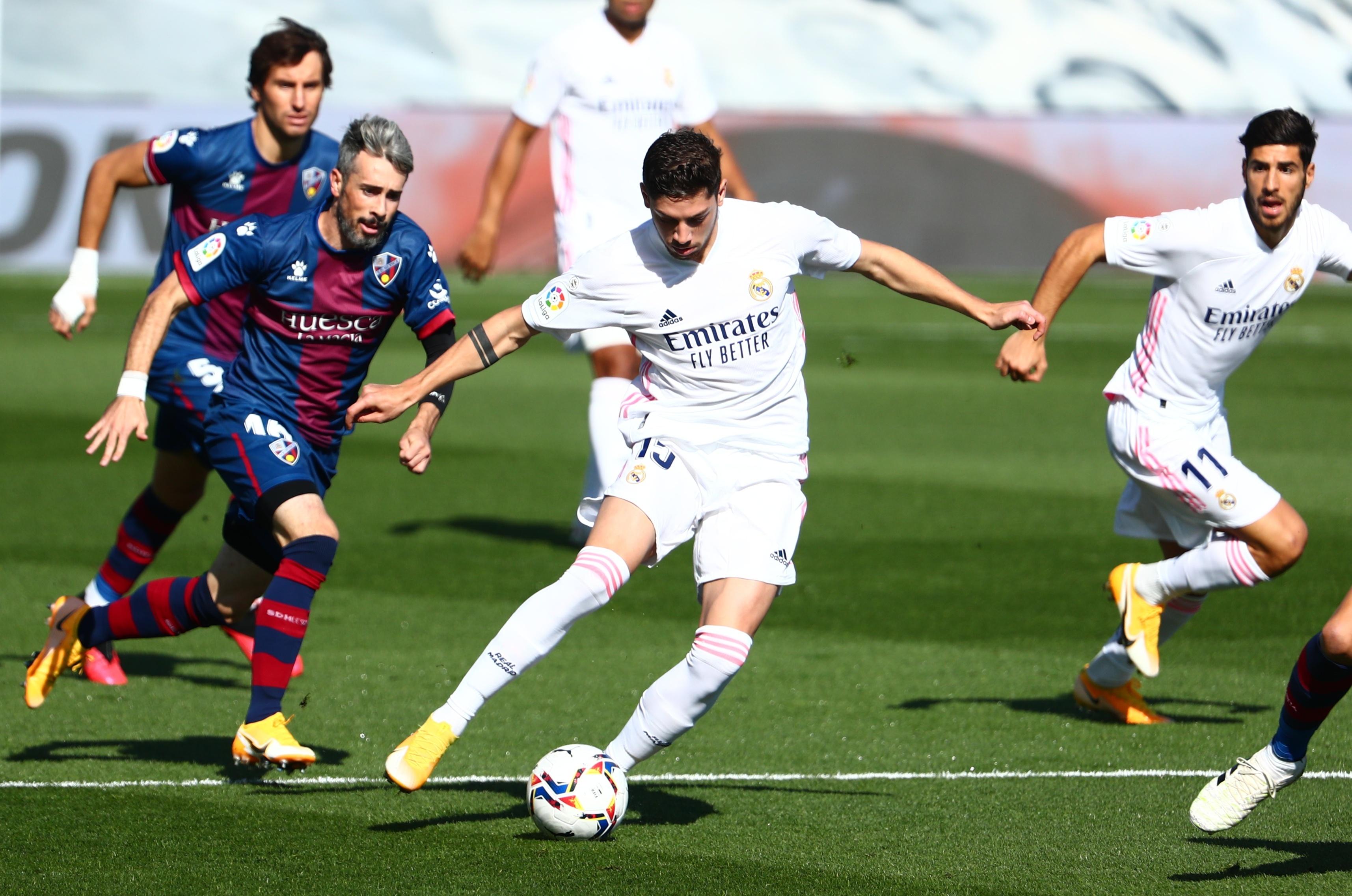 Real Madrid dau Huesca anh 17