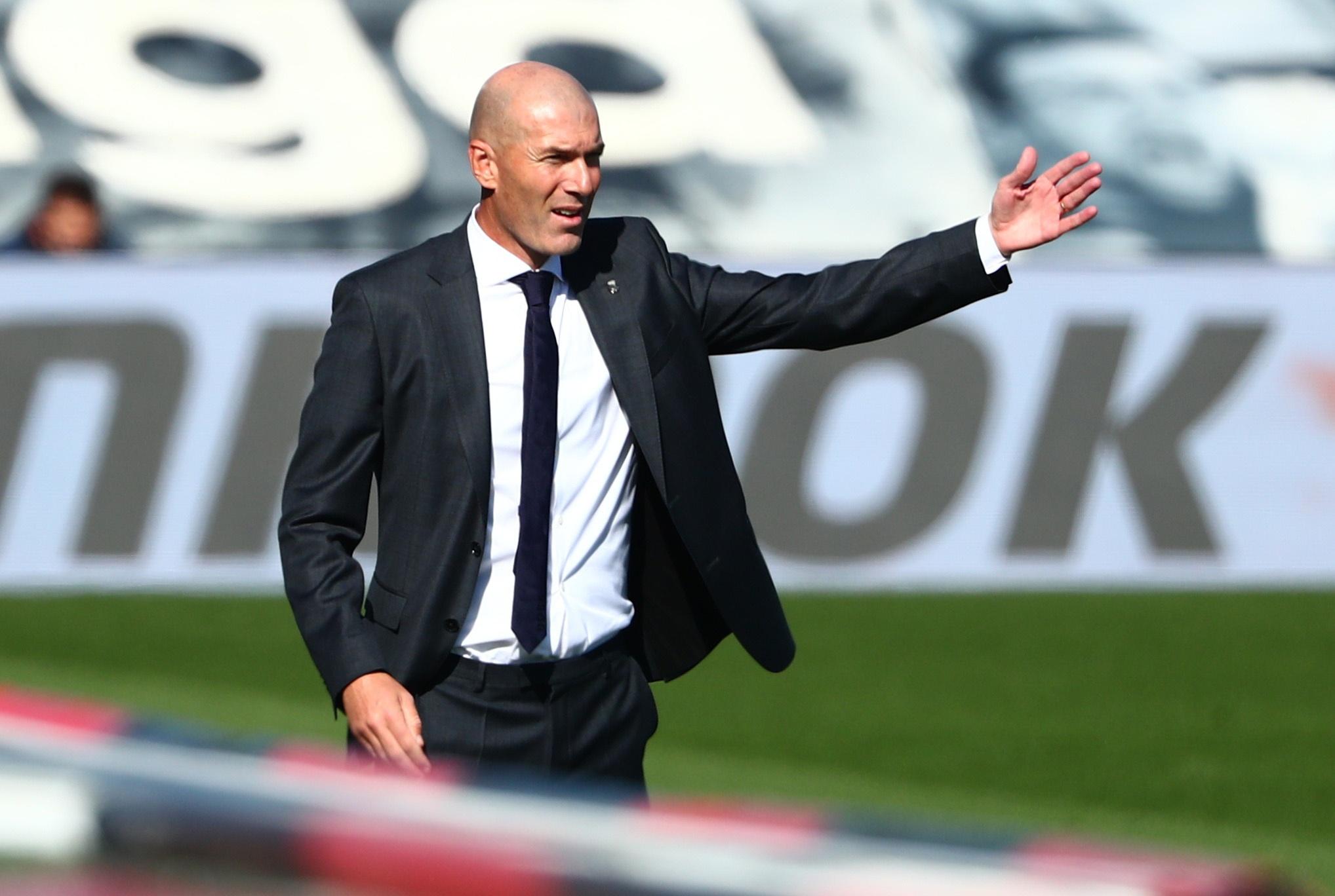 Real Madrid dau Huesca anh 16
