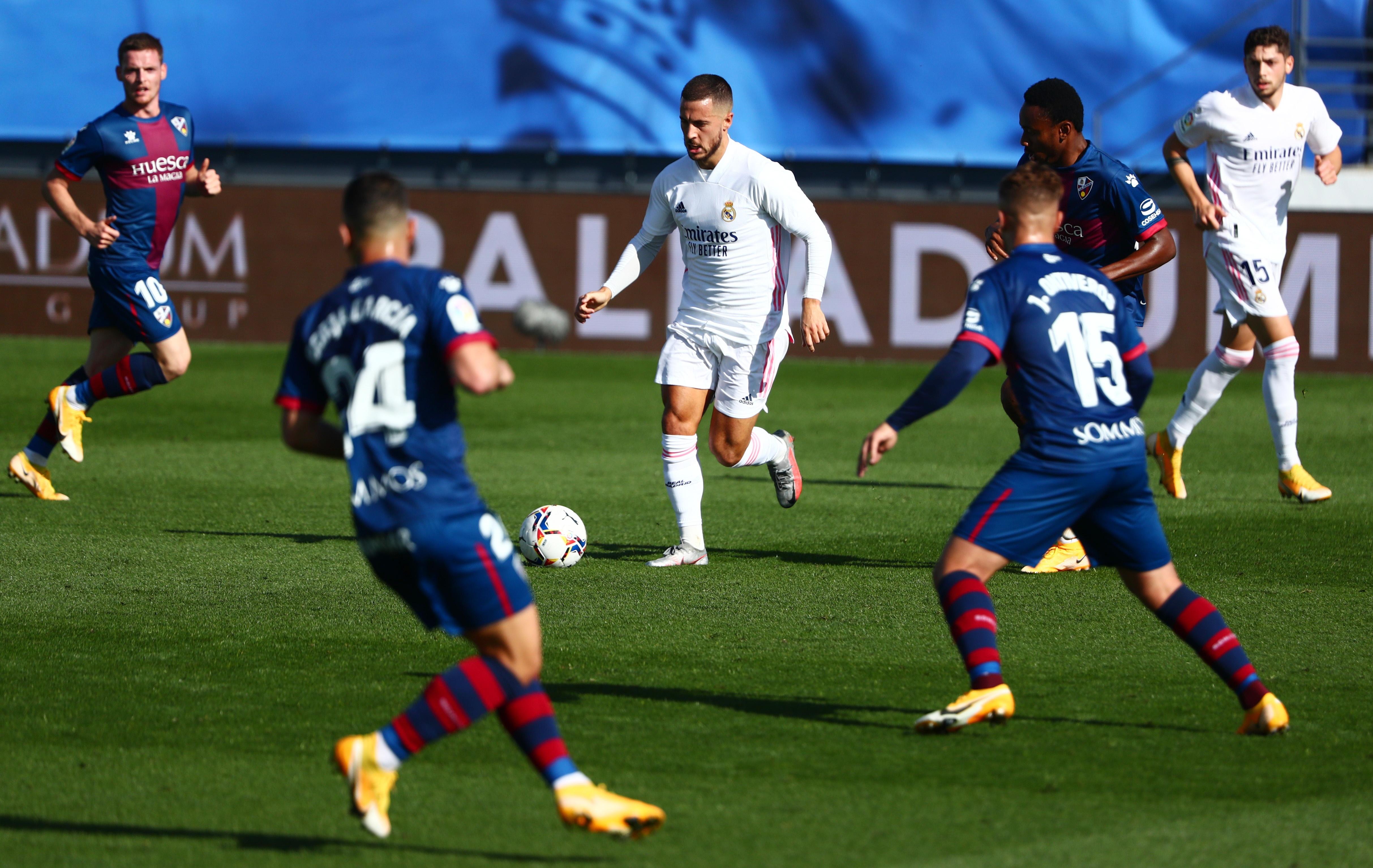 Real Madrid dau Huesca anh 13