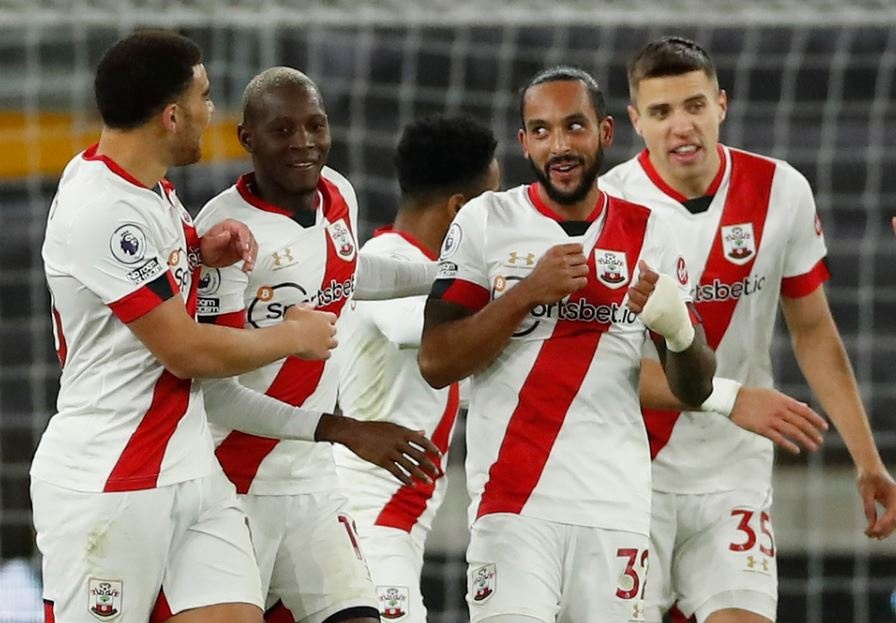 Southampton dau Man Utd anh 13