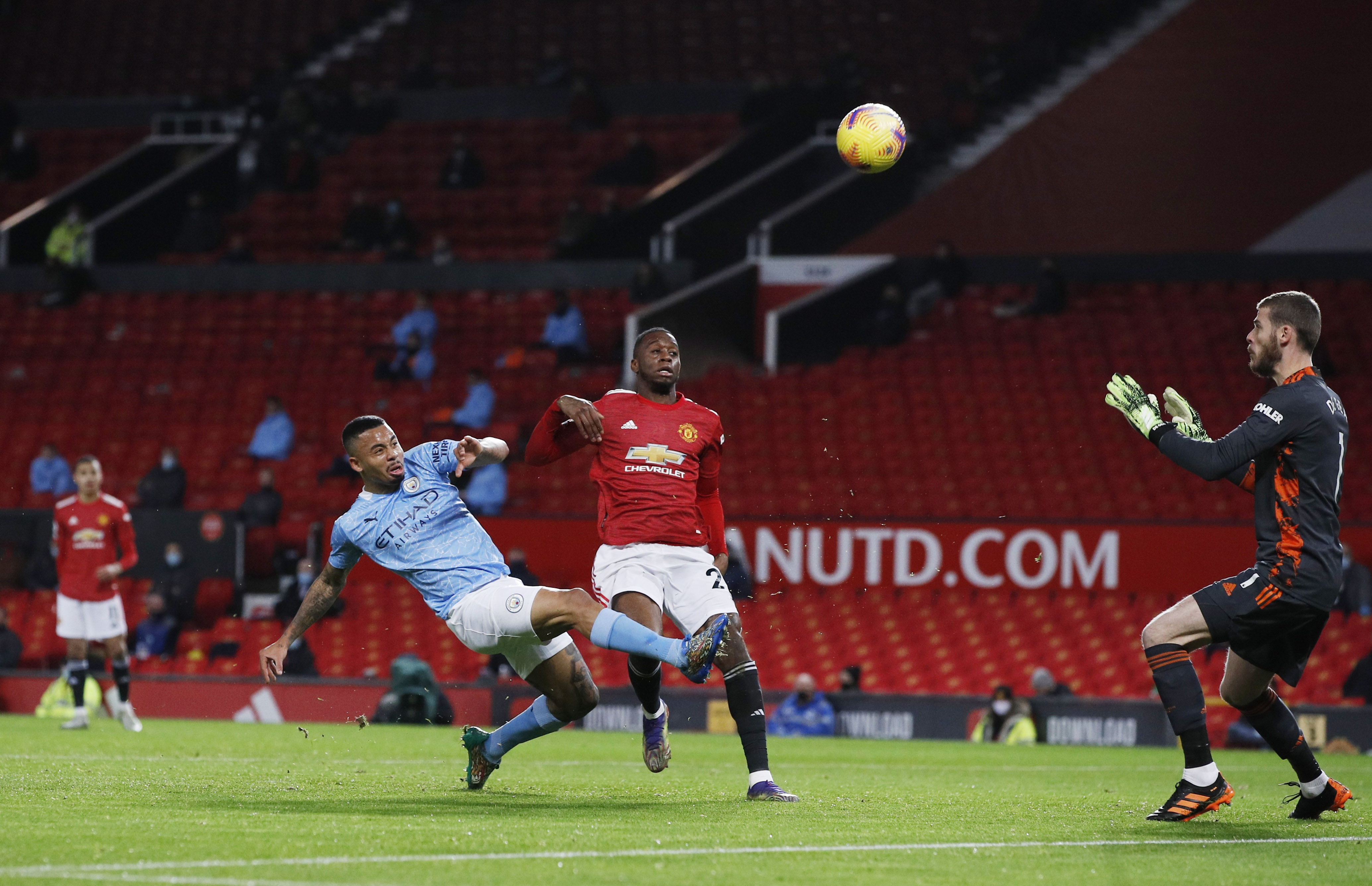 derby Manchester anh 6