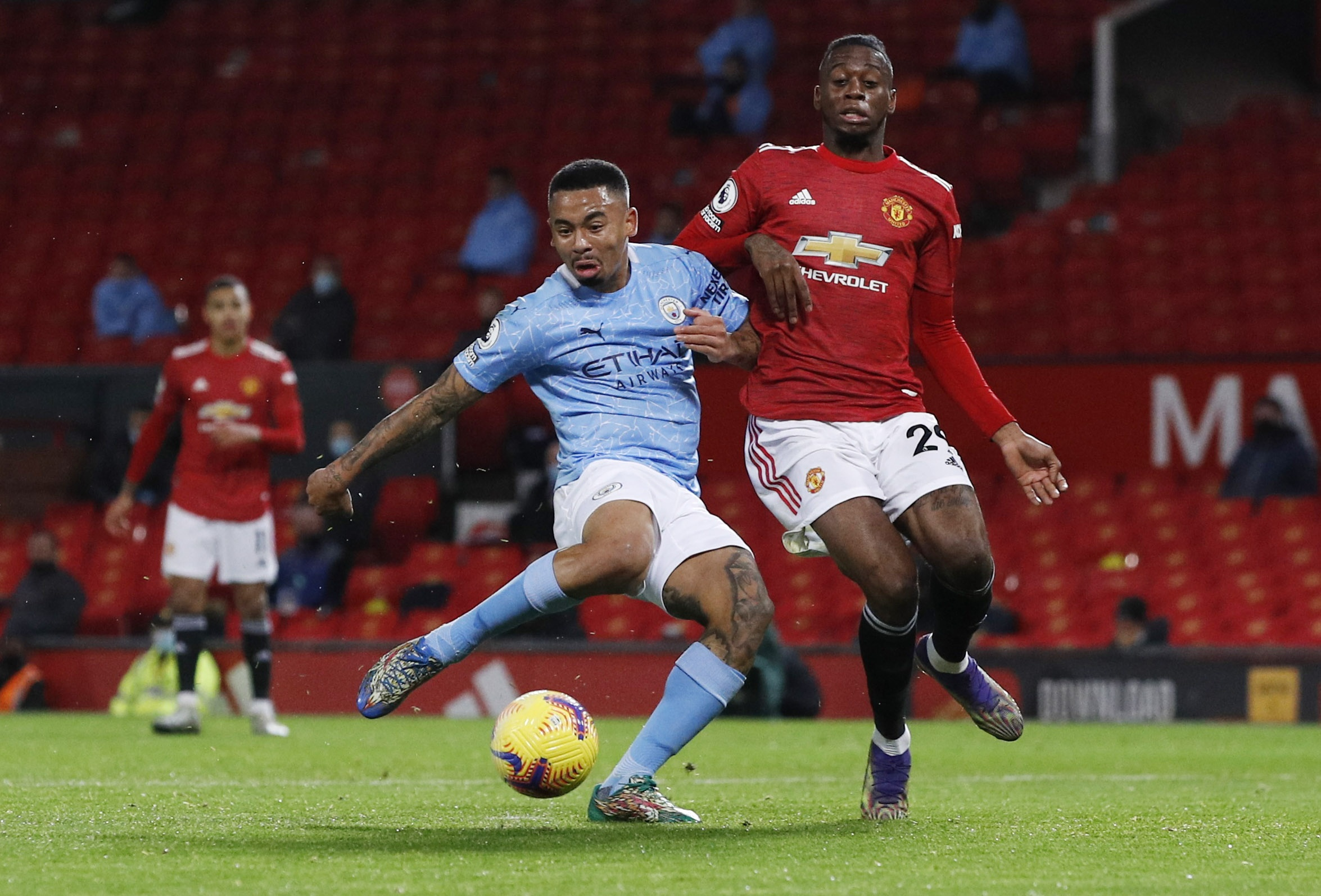 derby Manchester anh 5