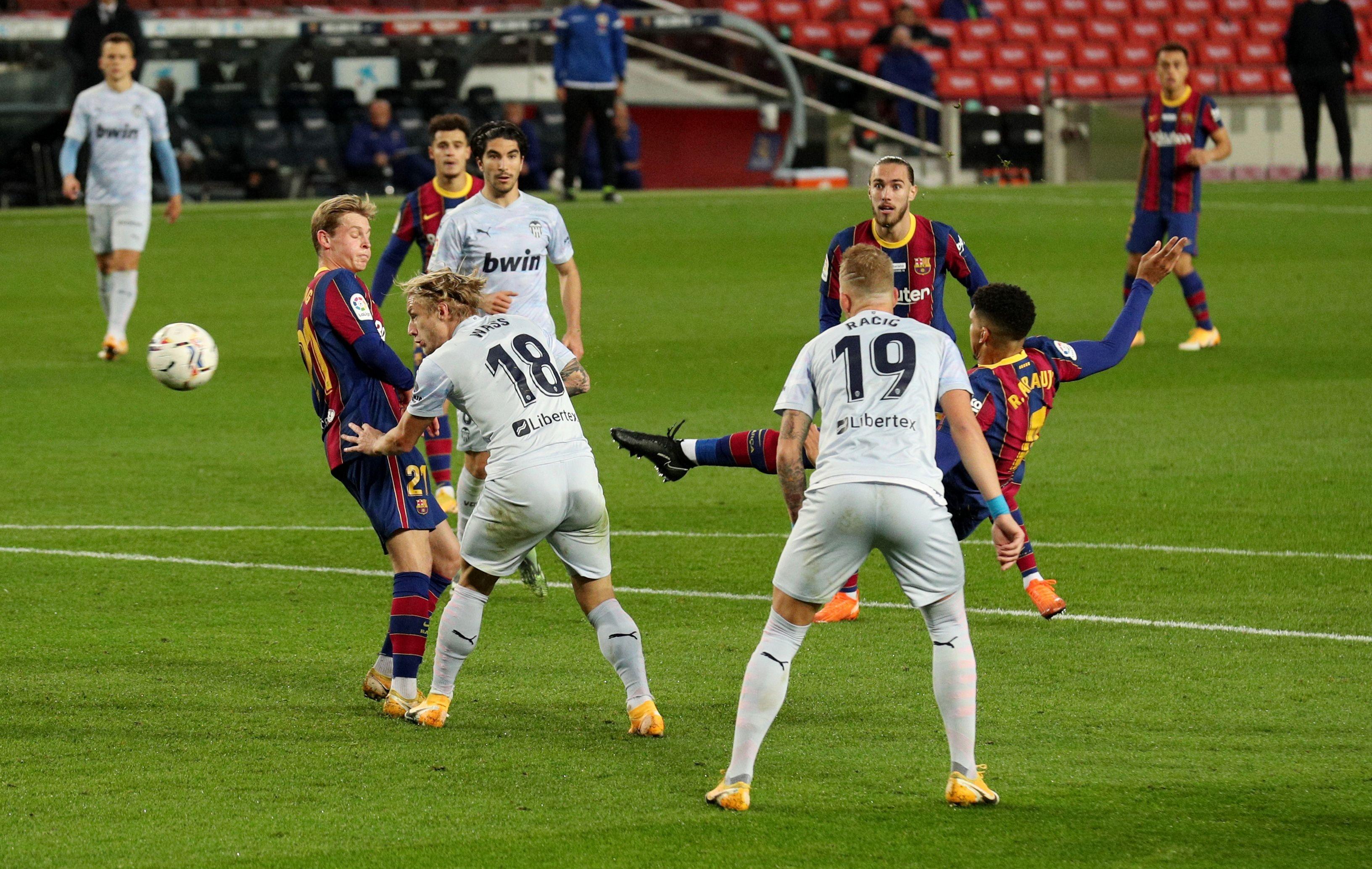 Barca vs Valencia anh 1