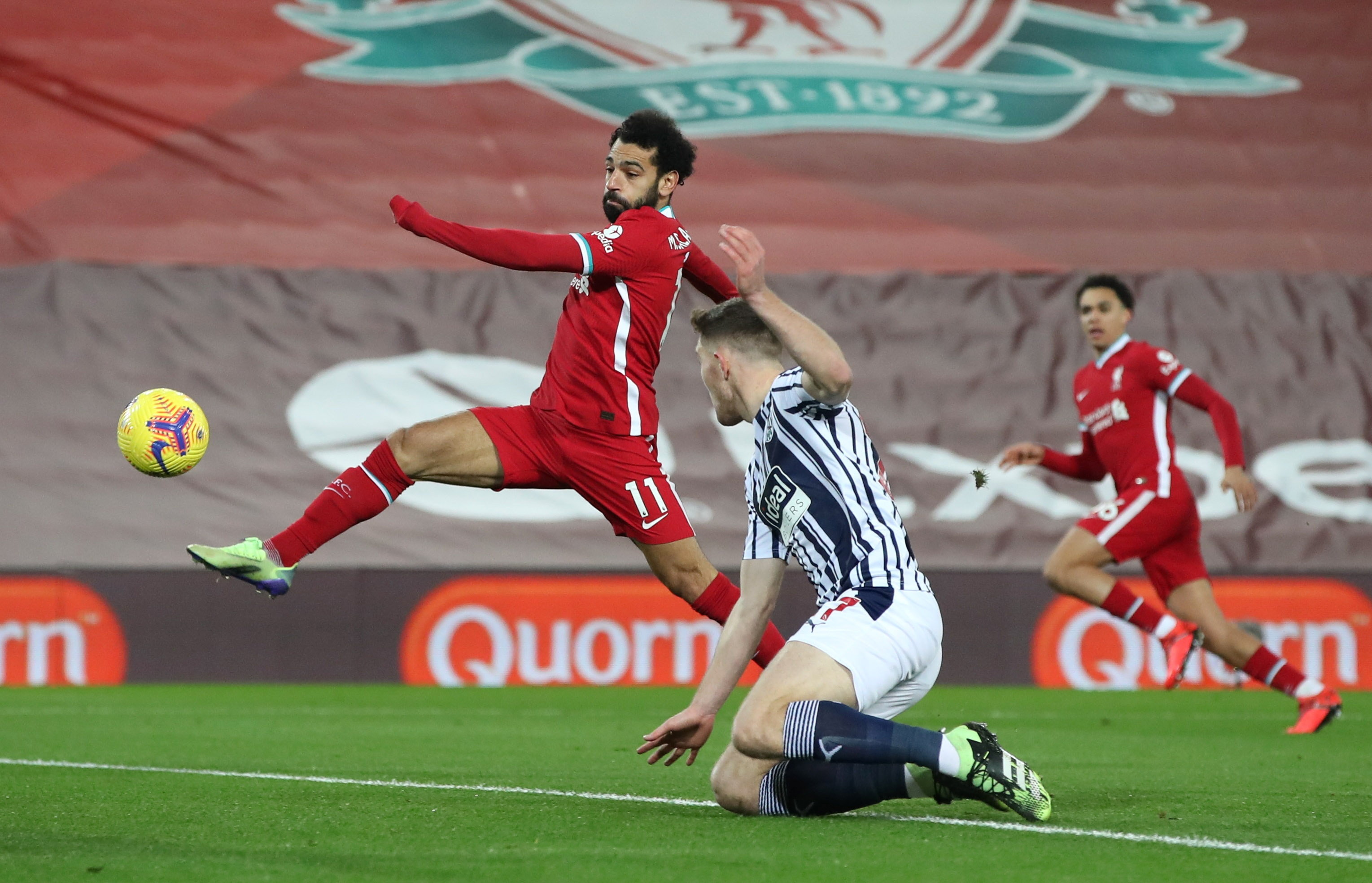 Liverpool dau West Brom anh 9