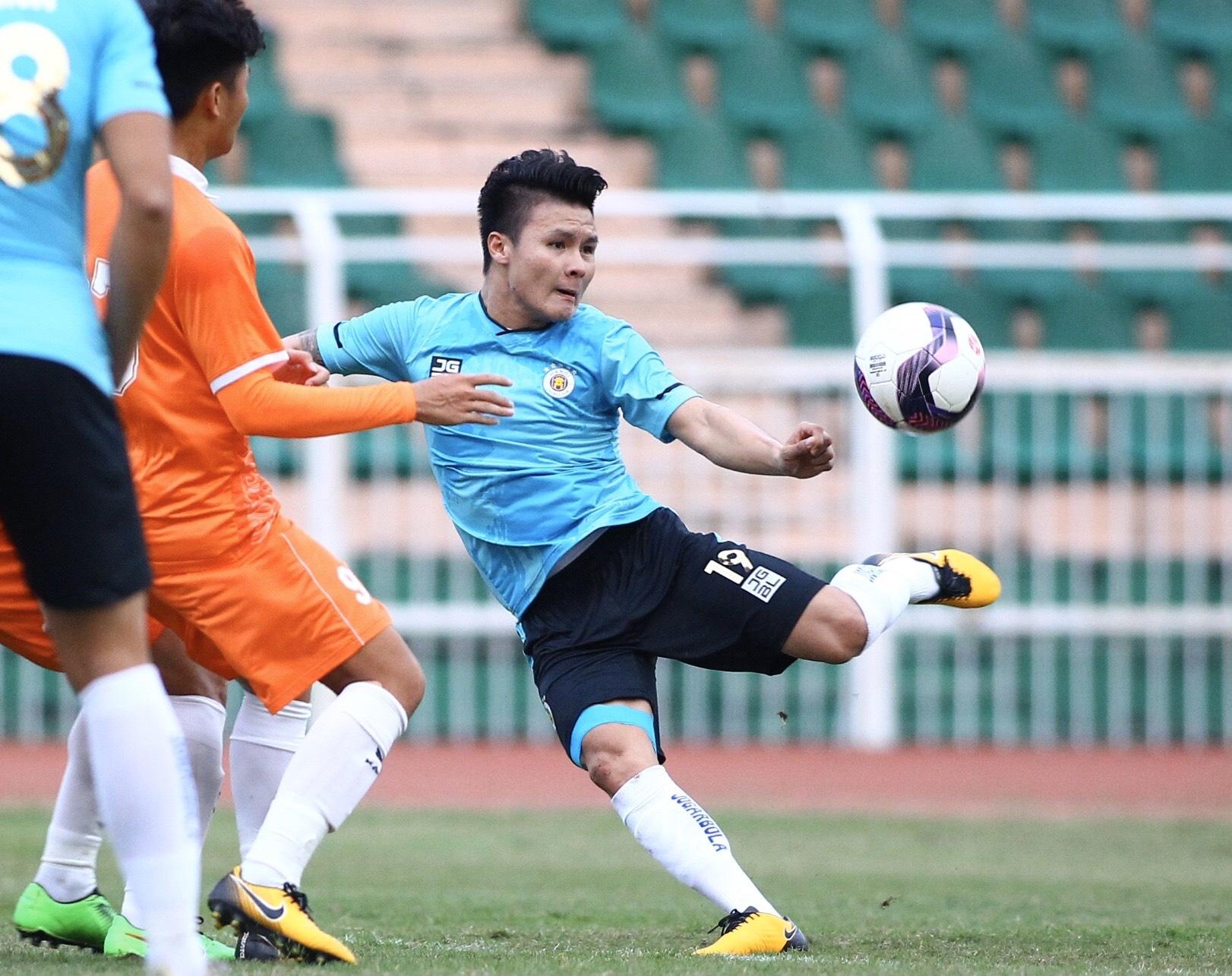 CLB Ha Noi vs Binh Dinh anh 1