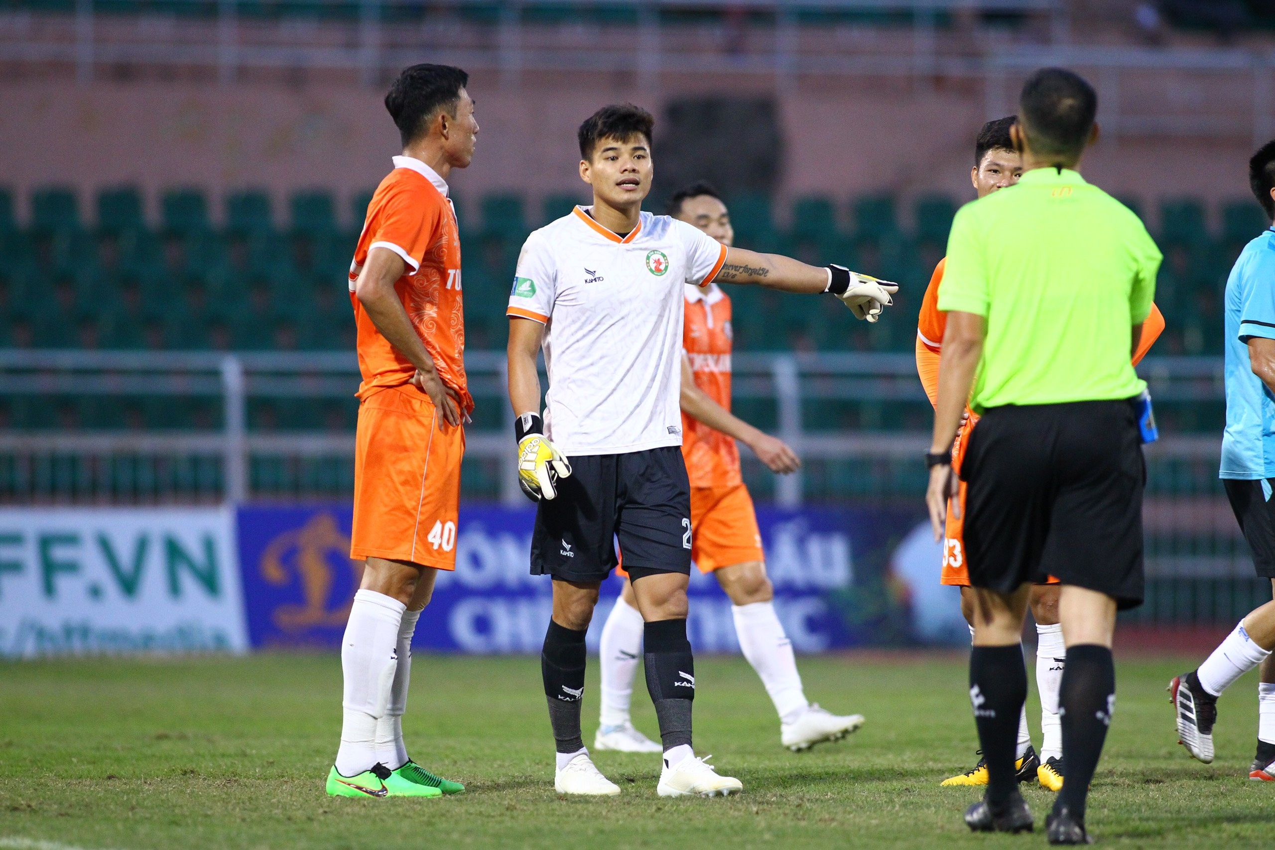 CLB Ha Noi vs Binh Dinh anh 4