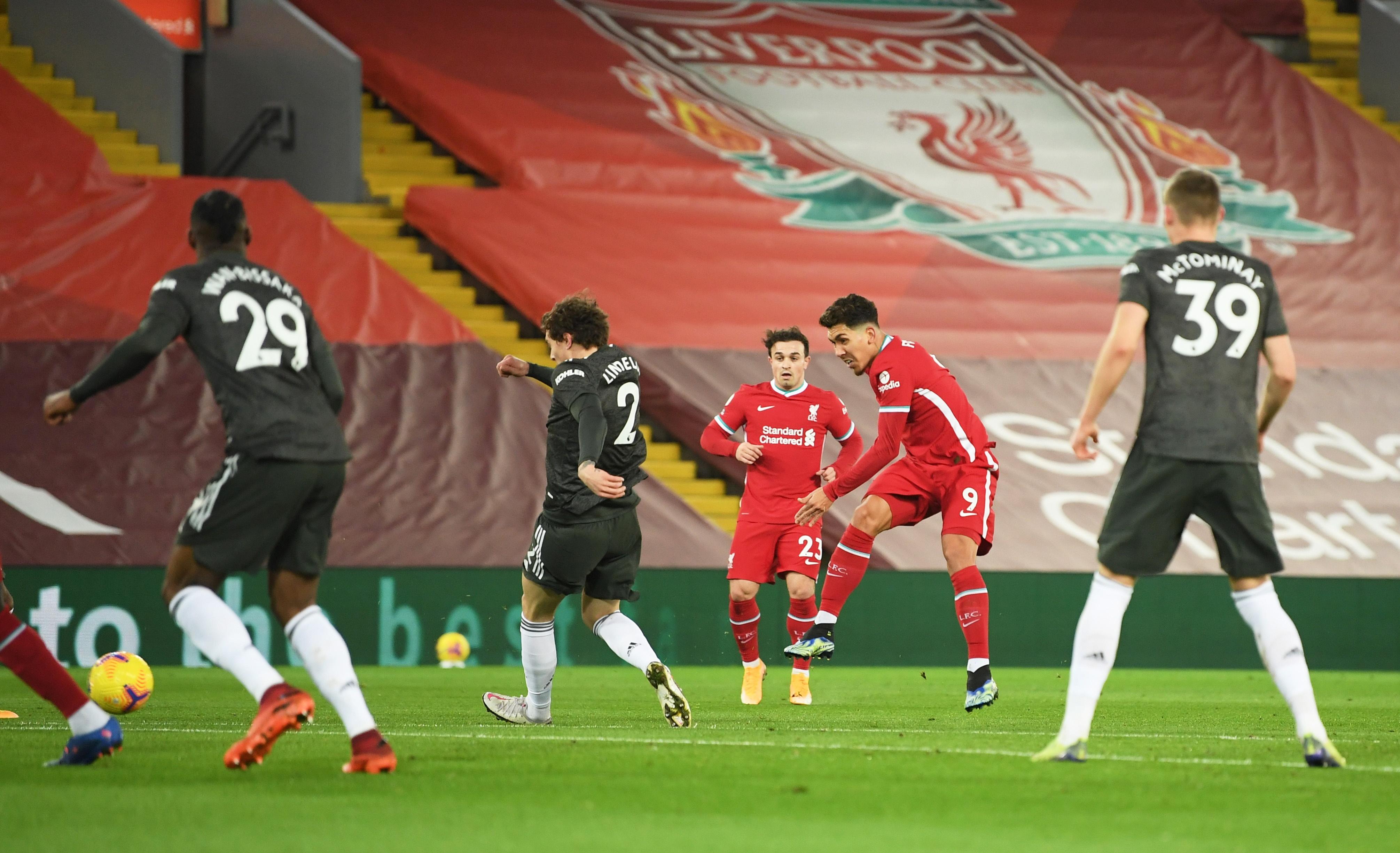 Liverpool dau Man Utd anh 12