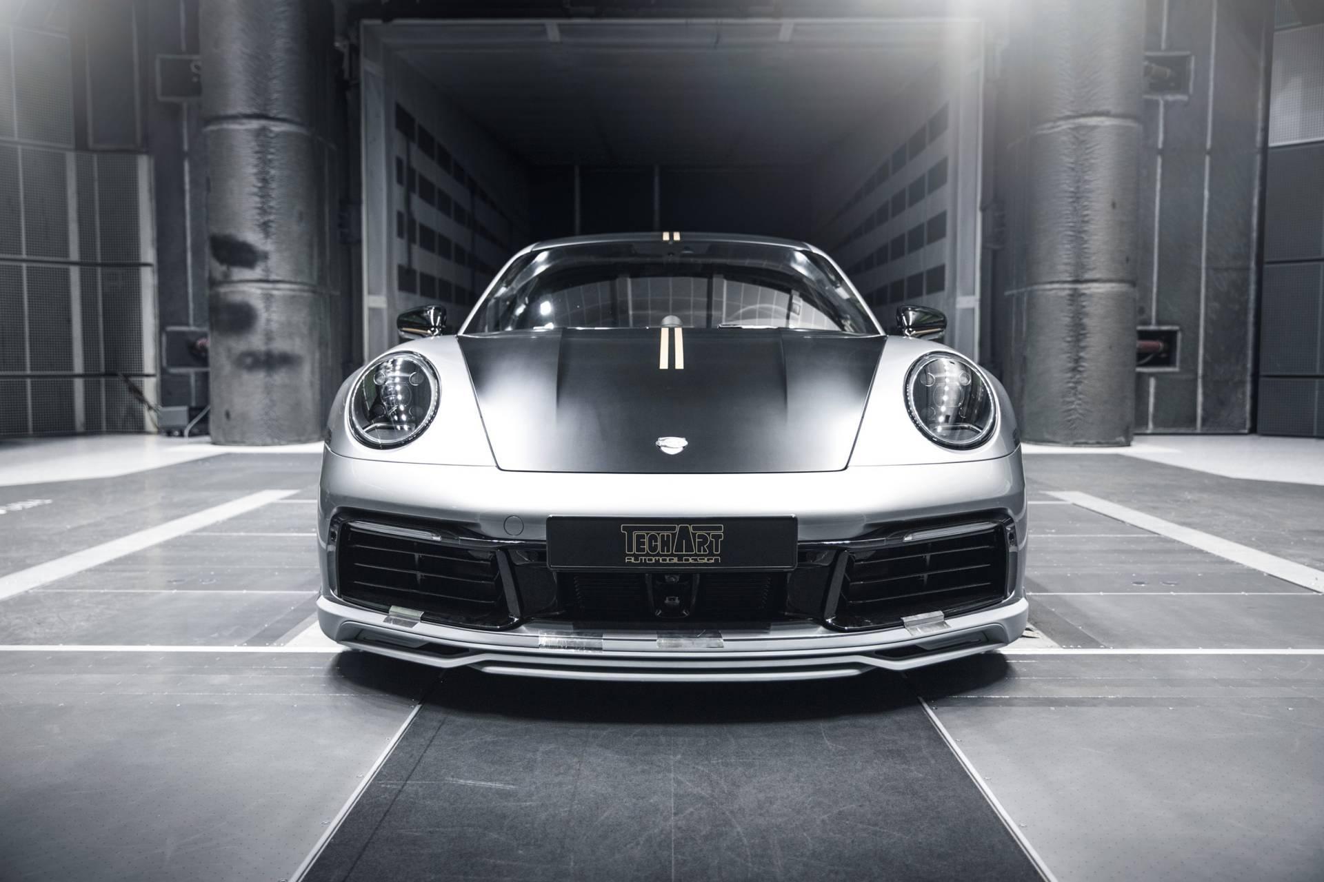 Chi tiet Porsche 911 2020 lot xac man nhan voi goi do thu cong hinh anh 2