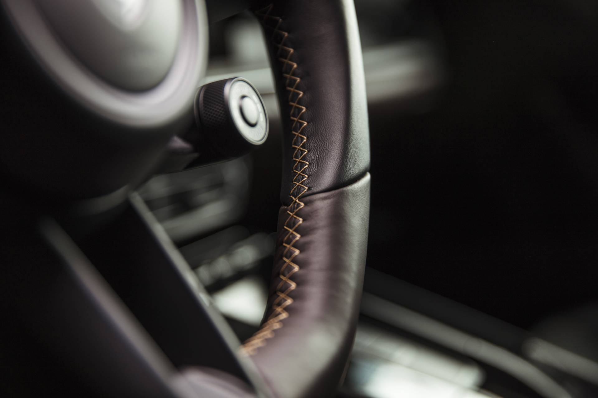Chi tiet Porsche 911 2020 lot xac man nhan voi goi do thu cong hinh anh 42