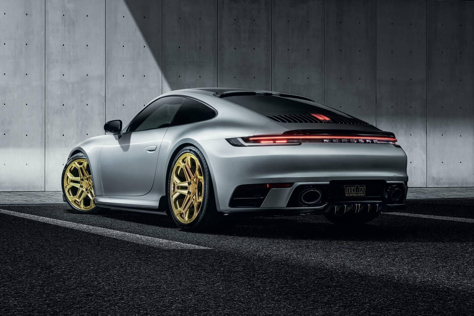 Porsche 911 2020 lot xac voi goi do thu cong hinh anh 3