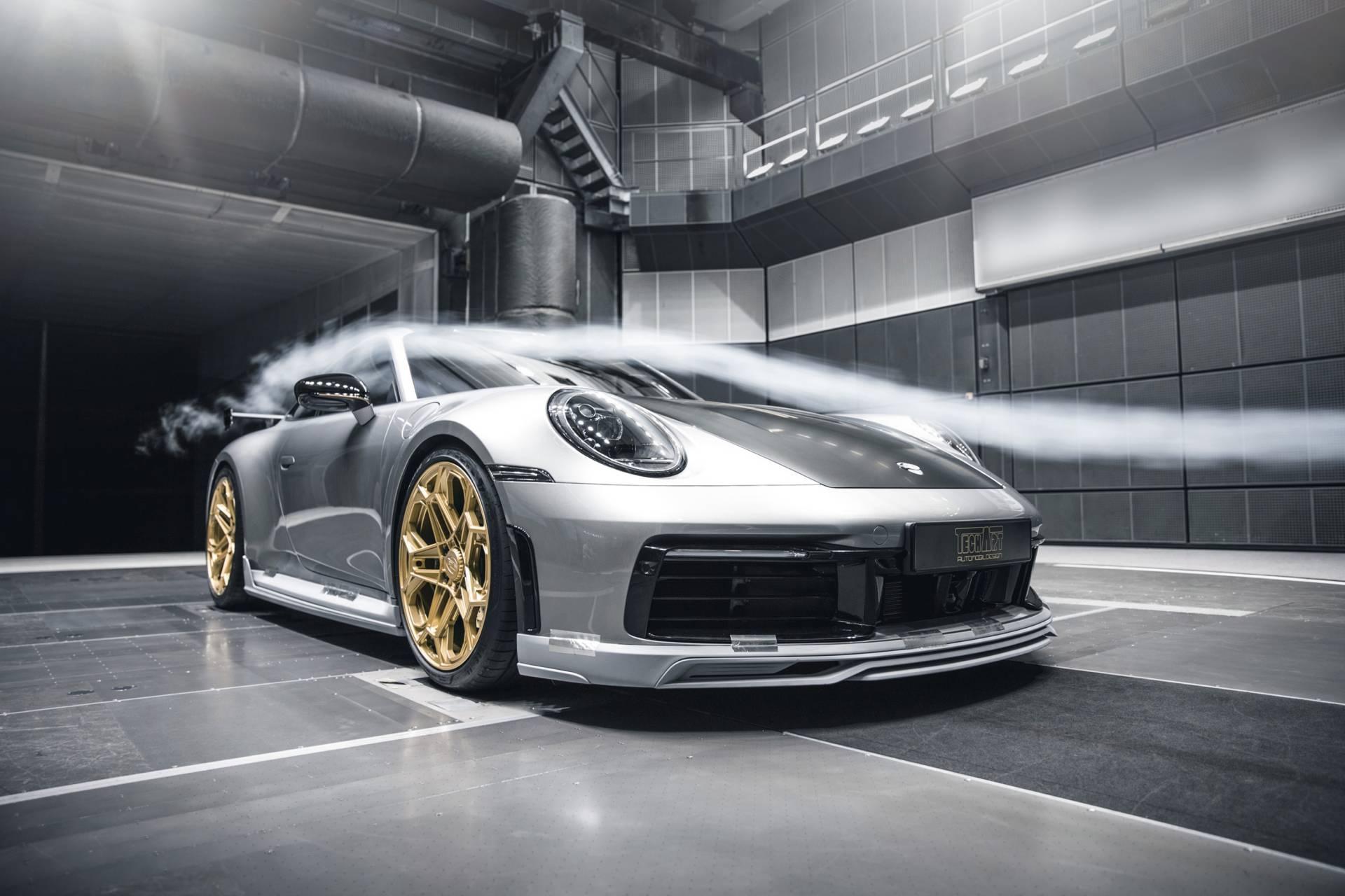 Porsche 911 2020 lot xac voi goi do thu cong hinh anh 55