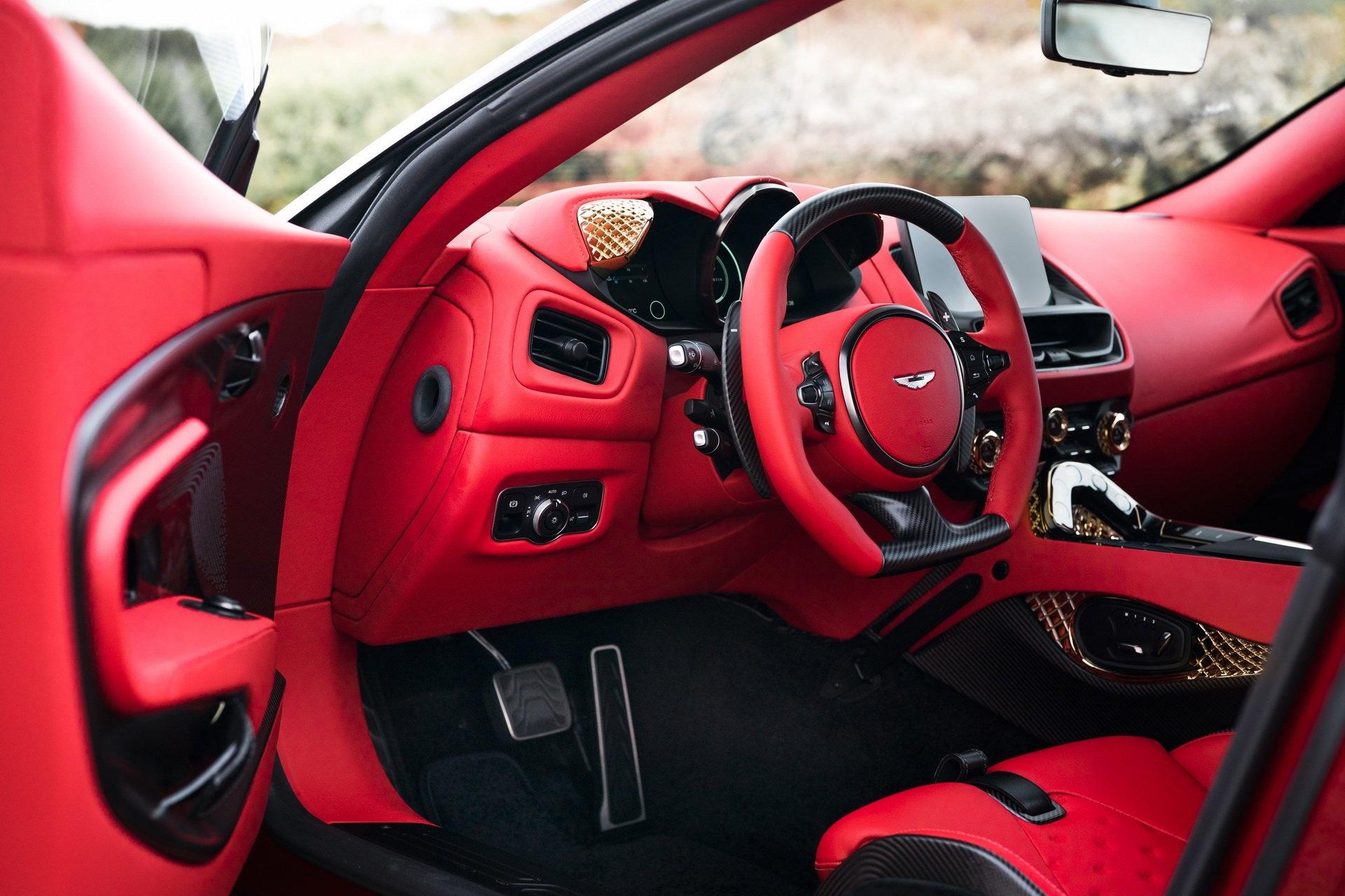 Aston Martin ra mat sieu xe dat vang gia trieu USD hinh anh 14