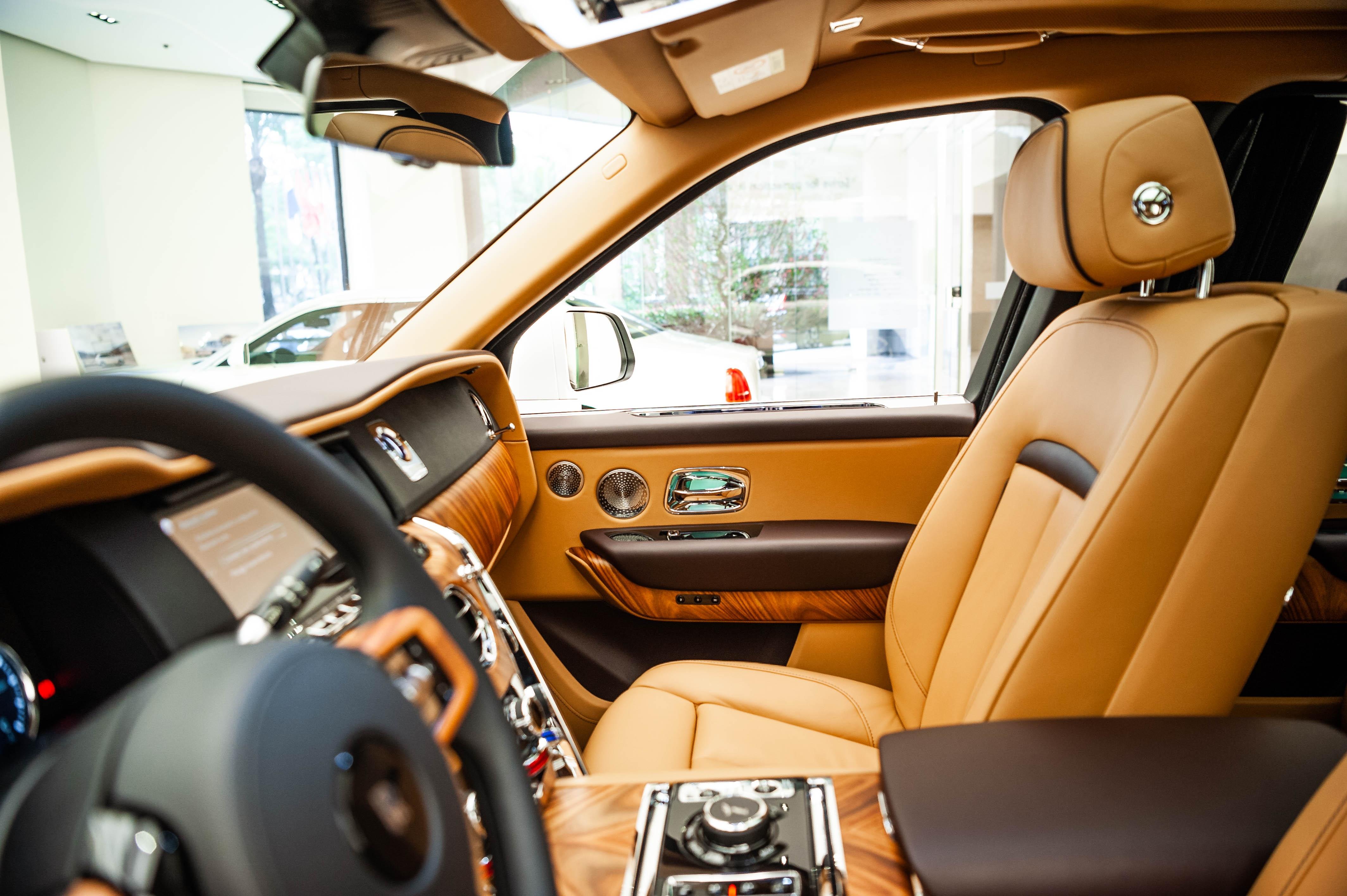 Chi tiet Rolls-Royce Cullinan chinh hang o VN anh 29