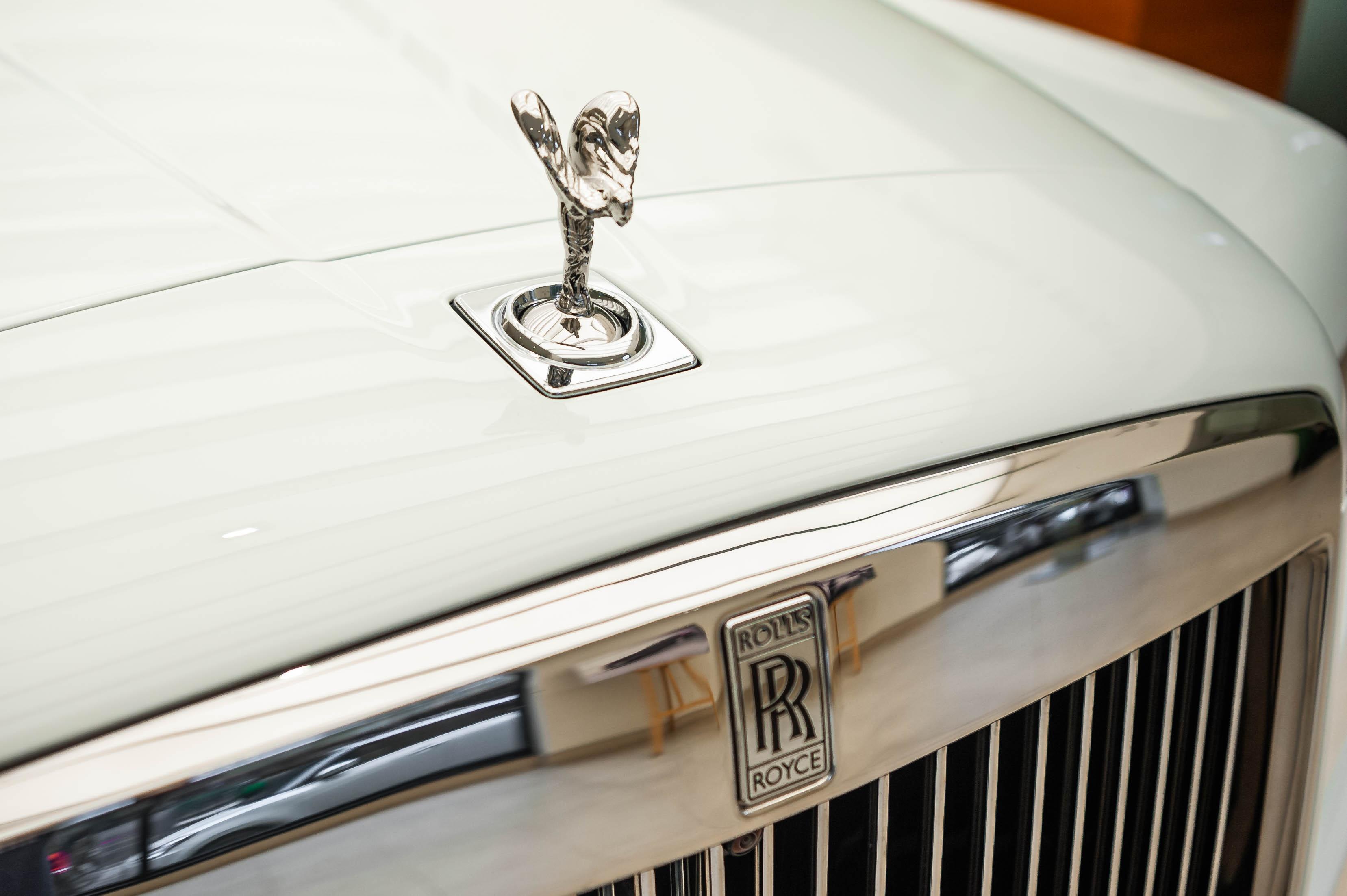 Chi tiet Rolls-Royce Cullinan chinh hang o VN anh 7