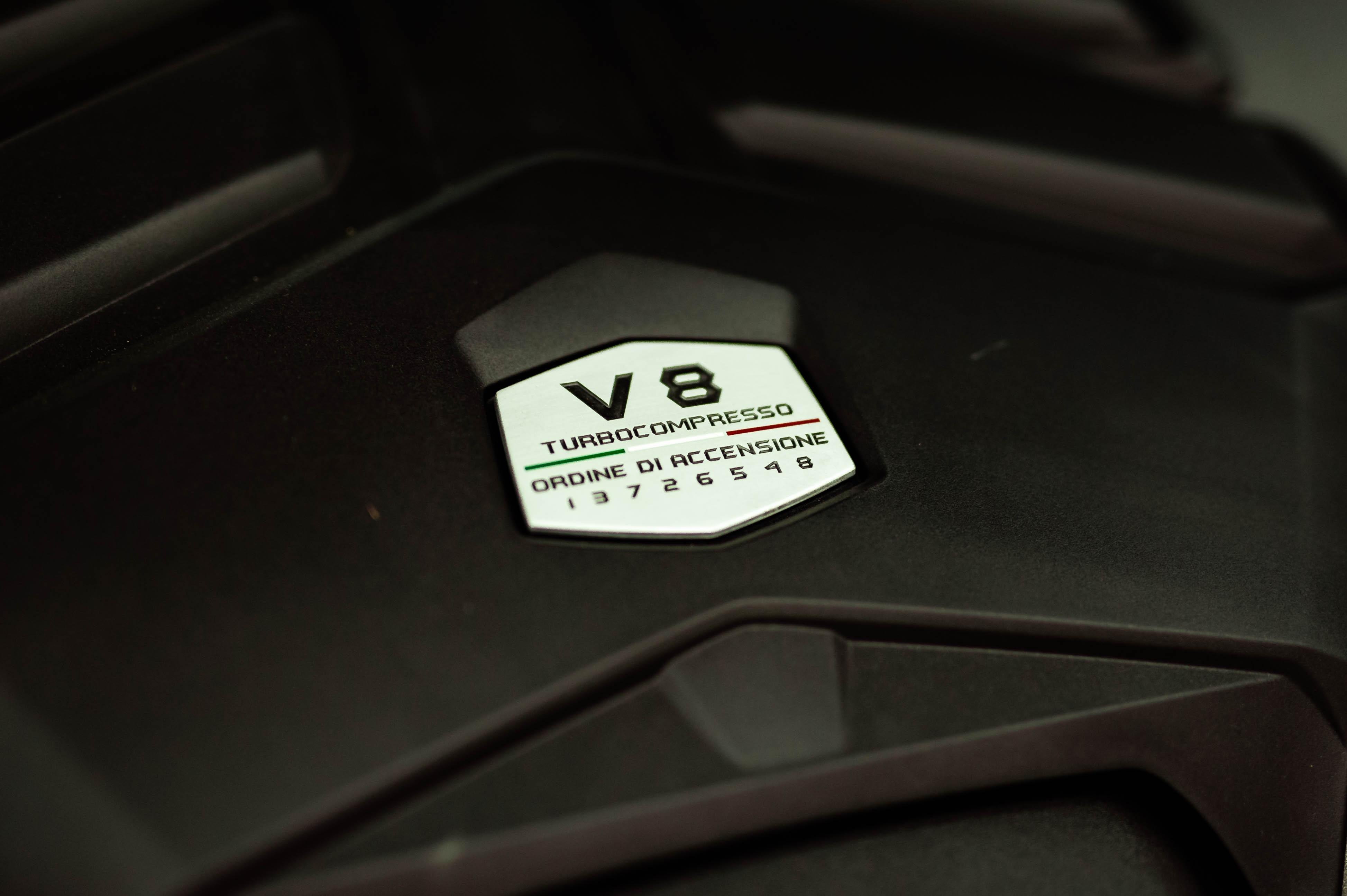 Ngam Lamborghini Urus mau den dau tien ve VN, gia khoang 1 trieu USD hinh anh 47 Urus_zing_65_.jpg