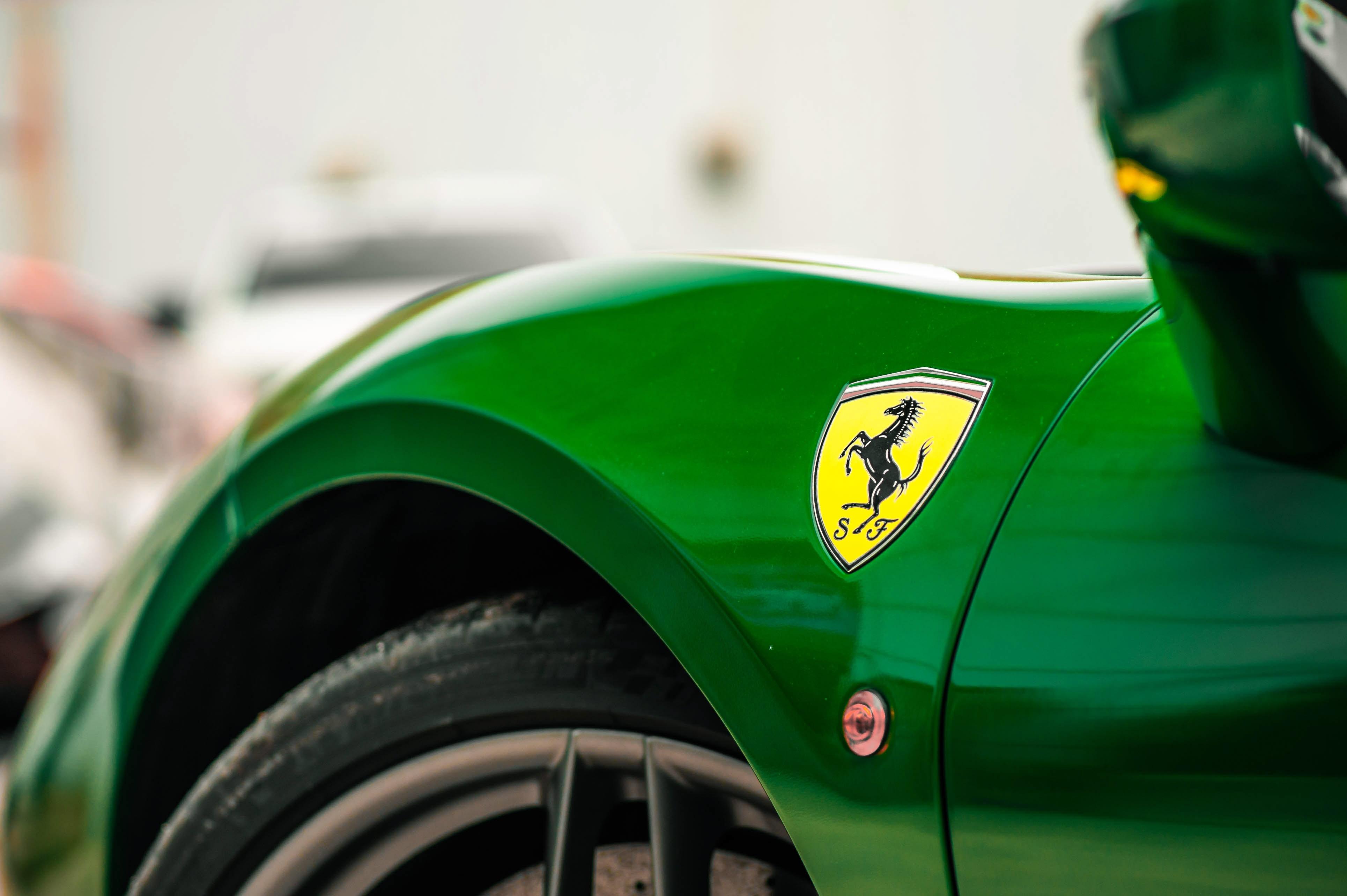 Ferrari 488 Spider dau tien VN thay doi ngoai hinh anh 6