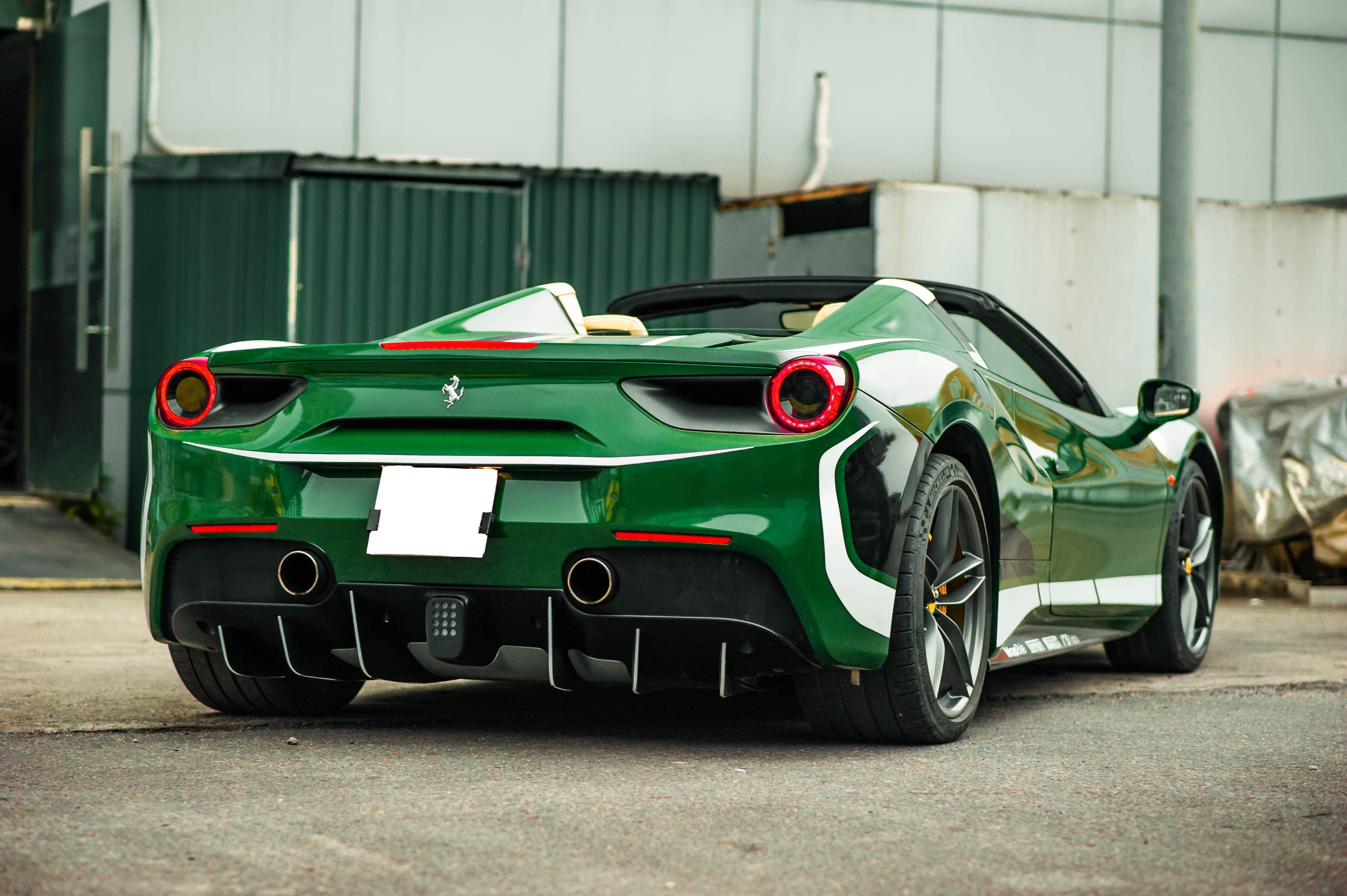 Ferrari 488 Spider dau tien VN thay doi ngoai hinh anh 21