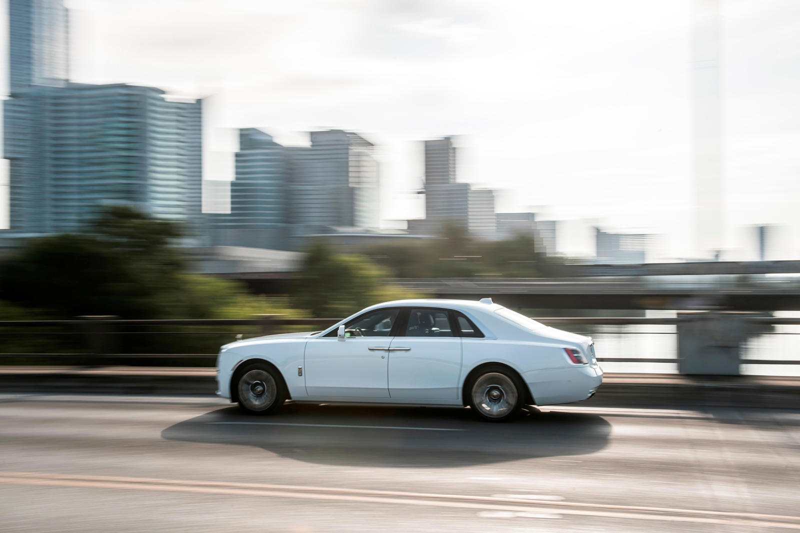 Danh gia Rolls-Royce Ghost 2021 anh 28