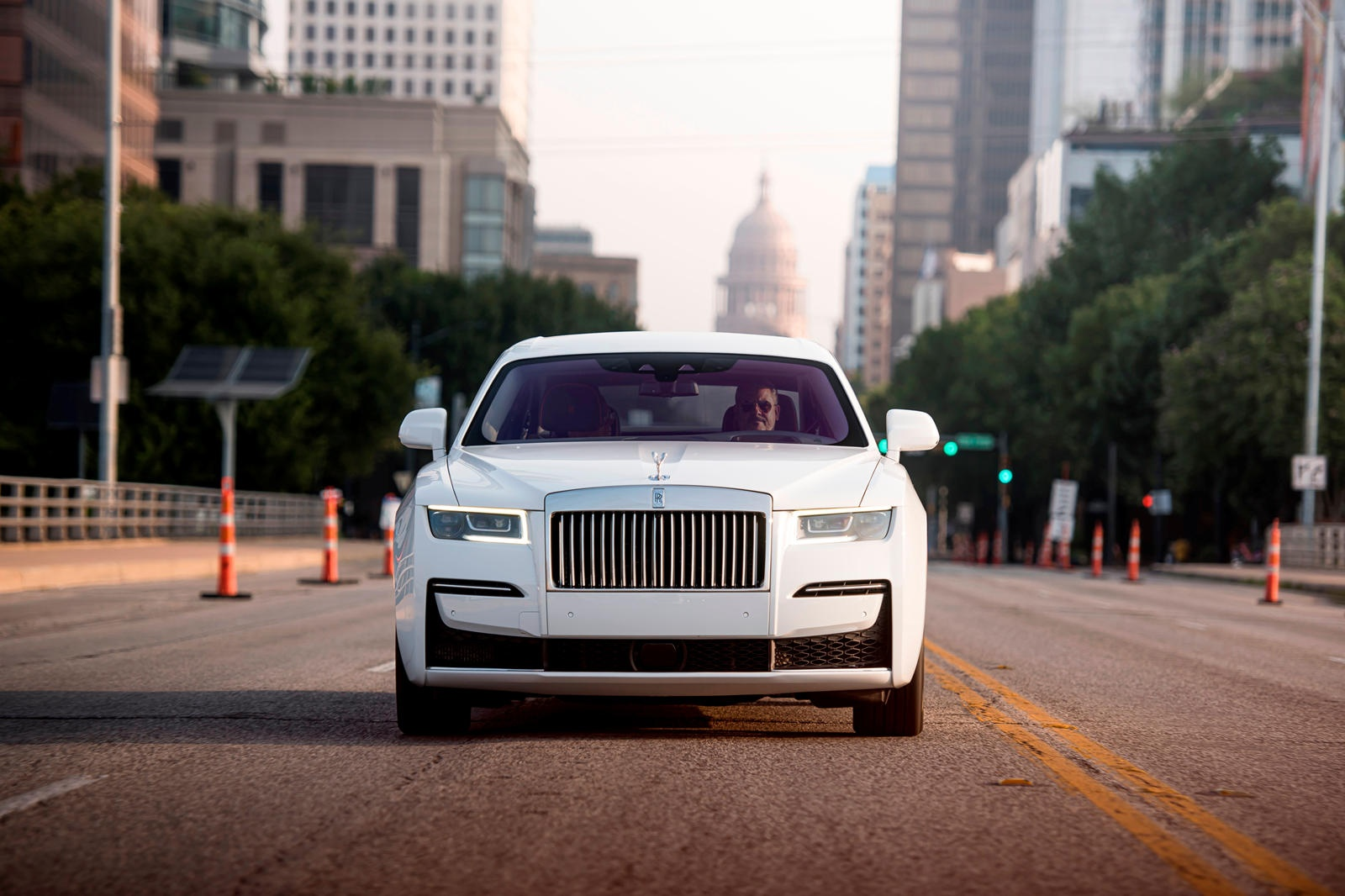 Danh gia Rolls-Royce Ghost 2021 anh 2