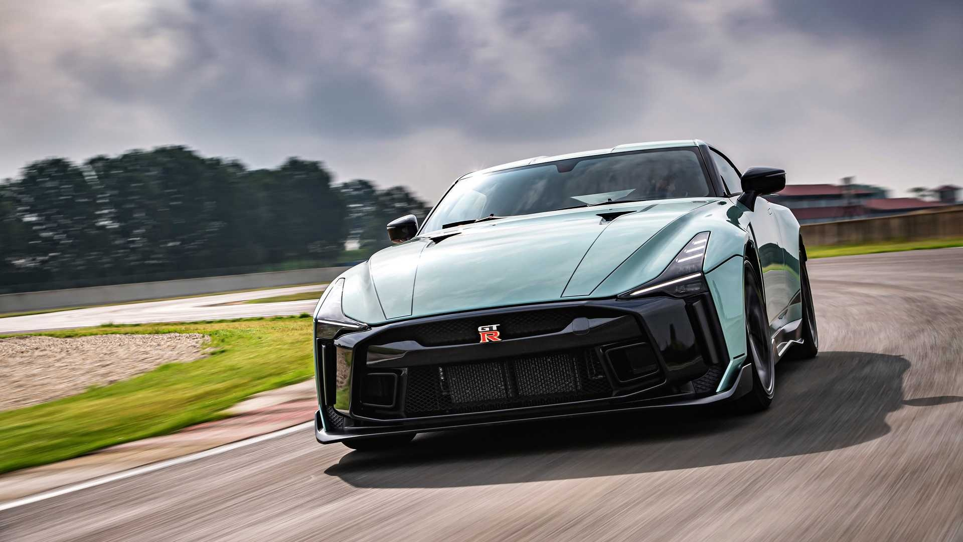 Nissan tiet lo ve GT-R R36 moi anh 1