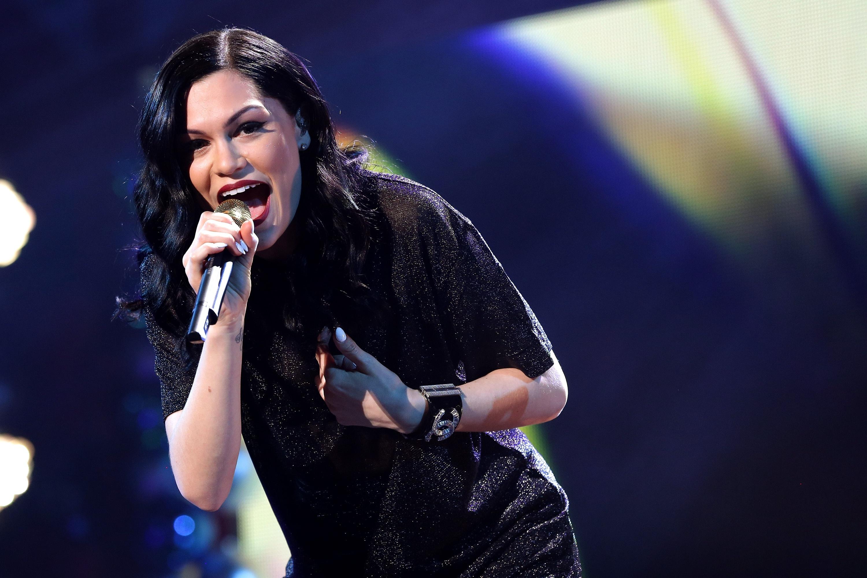 bi kich cua Jessie J anh 2