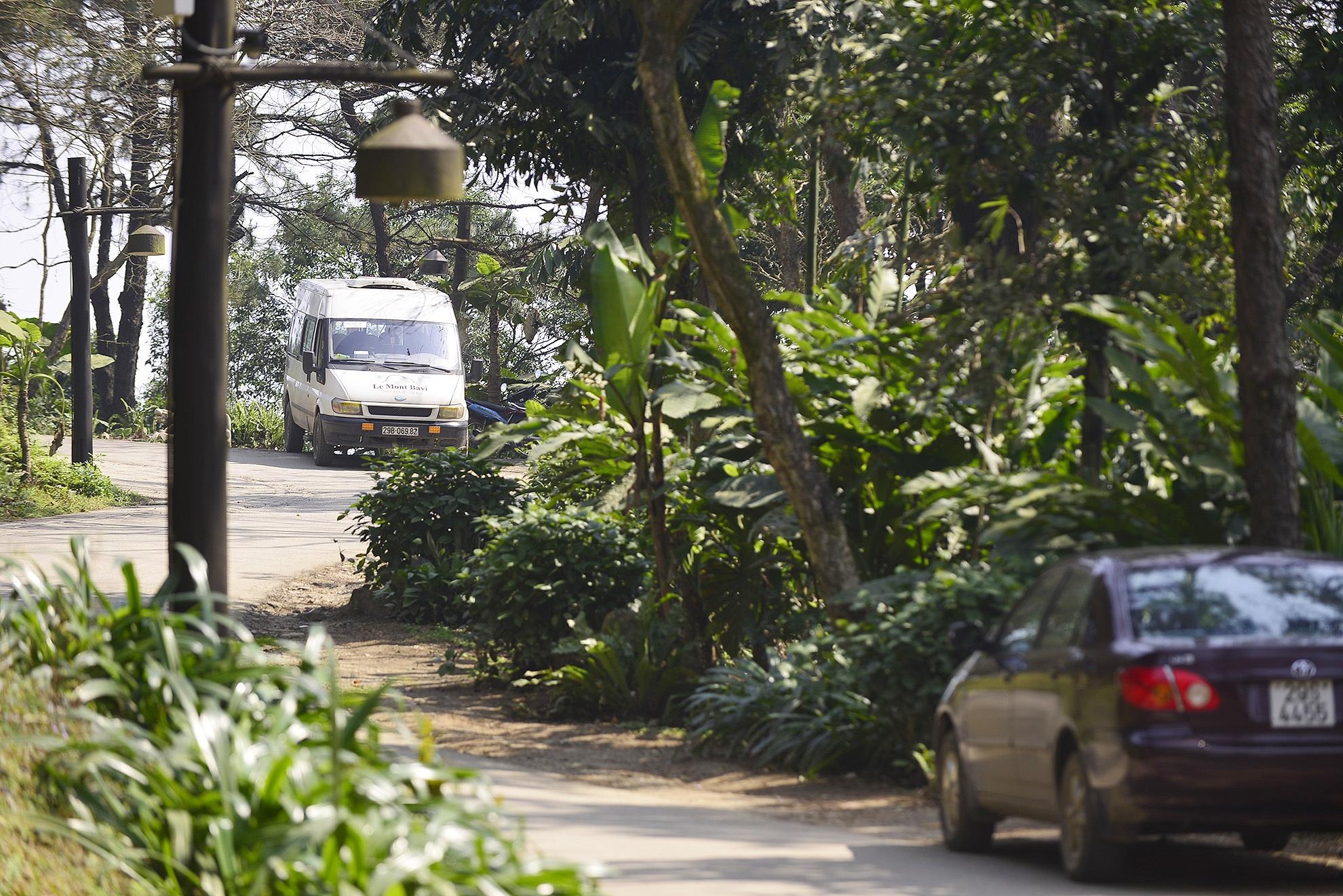 Toan canh resort hoanh trang khong phep o Ba Vi hinh anh 17