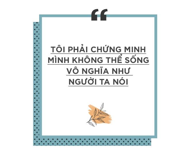 Hoang Thuy Linh khoc vi mang ban an 10 nam qua anh 11