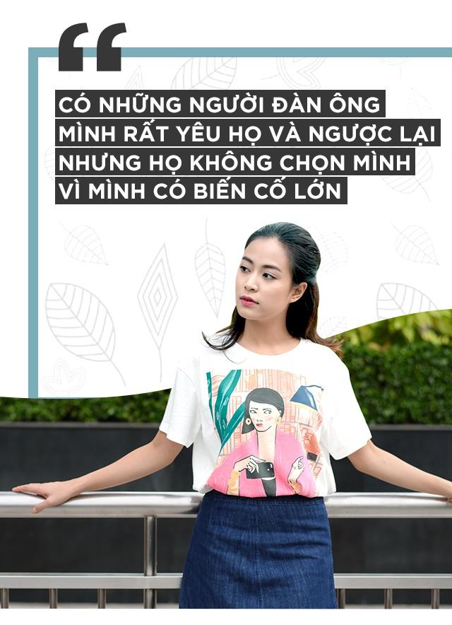 Hoang Thuy Linh khoc vi mang ban an 10 nam qua anh 14