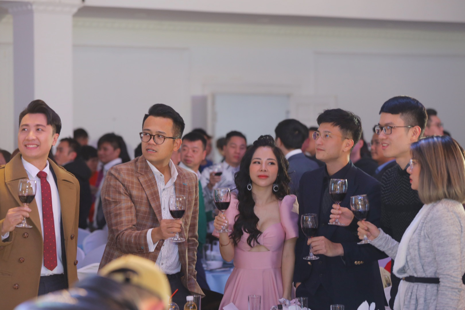 MC Thuy Linh cuoi anh 17