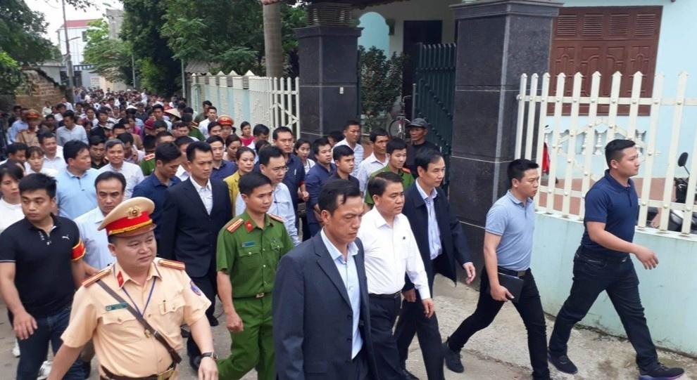 ong Nguyen Duc Chung bi bat anh 5