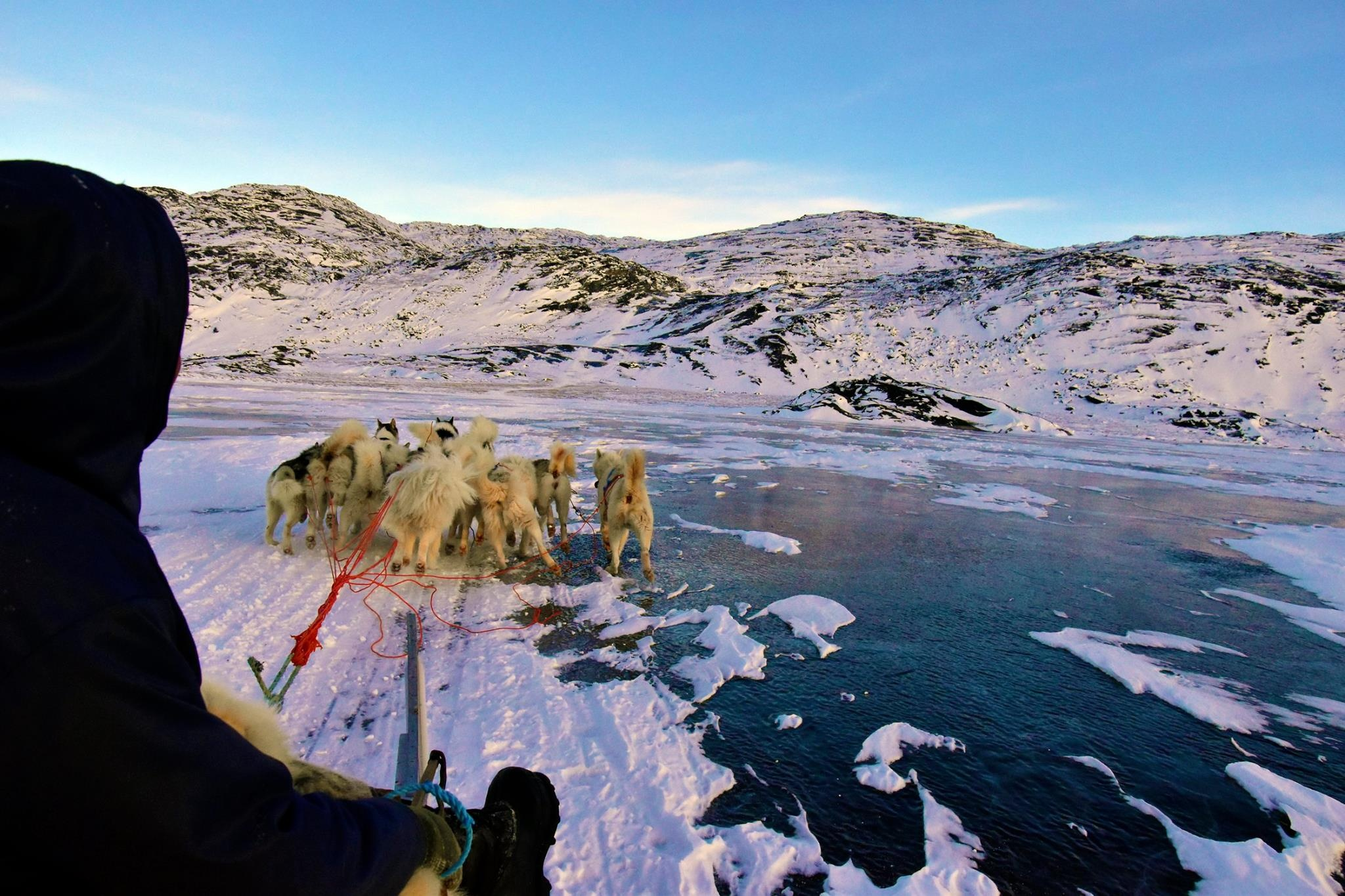 Cau chuyen Greenland va vung dat cuc Bac bi lang quen hinh anh 32
