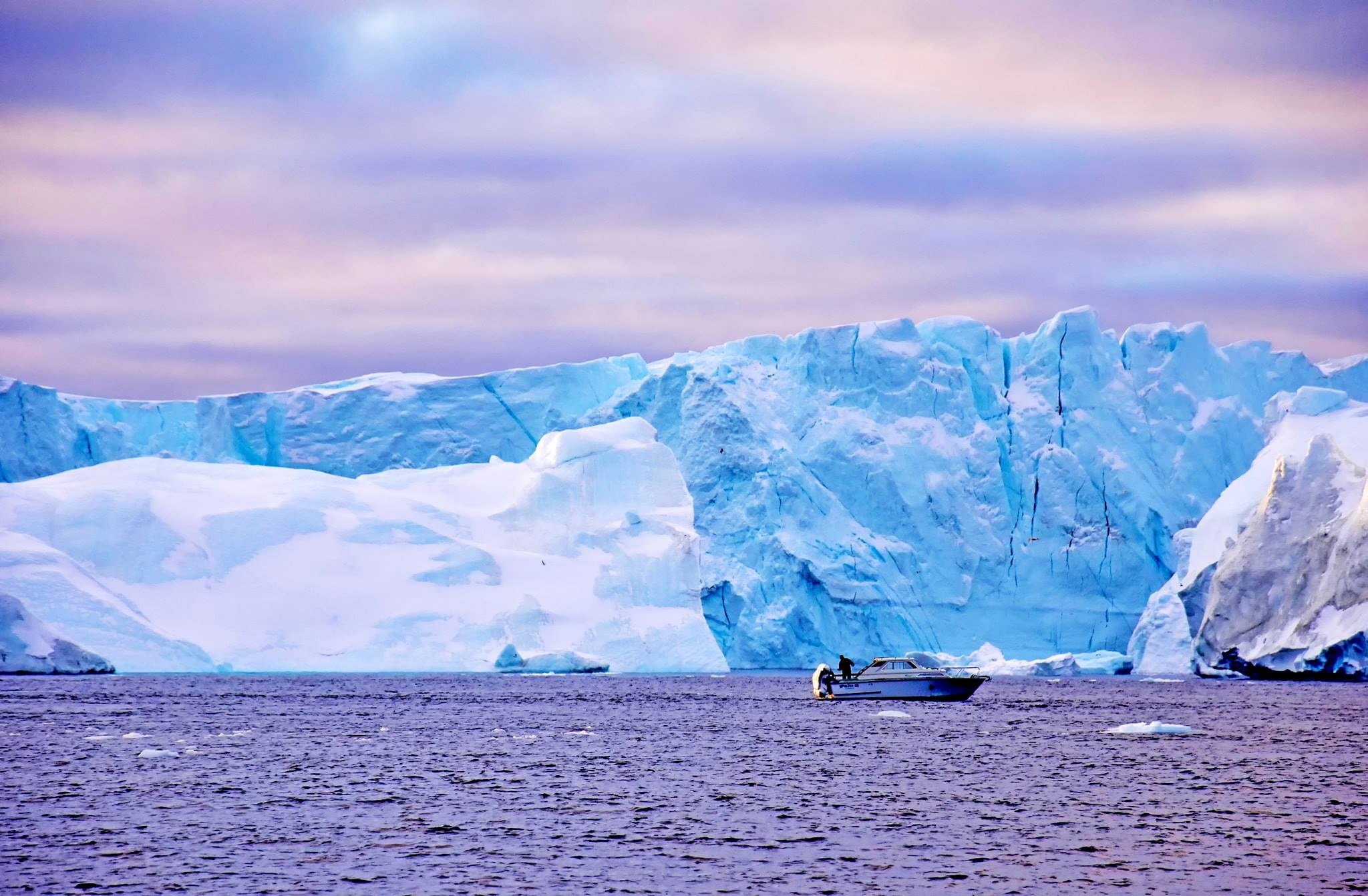 Cau chuyen Greenland va vung dat cuc Bac bi lang quen hinh anh 20