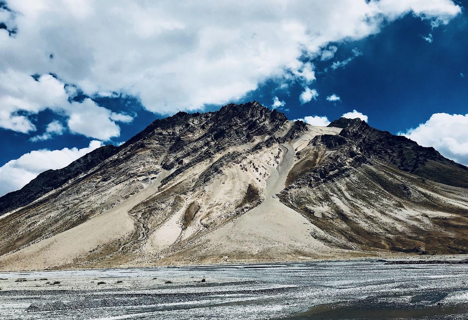 Duong den Ladakh - hanh trinh danh cho nhung doi chan khong biet moi hinh anh 10
