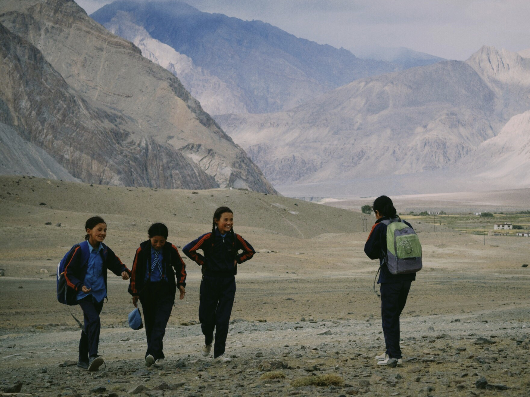 Duong den Ladakh - hanh trinh danh cho nhung doi chan khong biet moi hinh anh 39