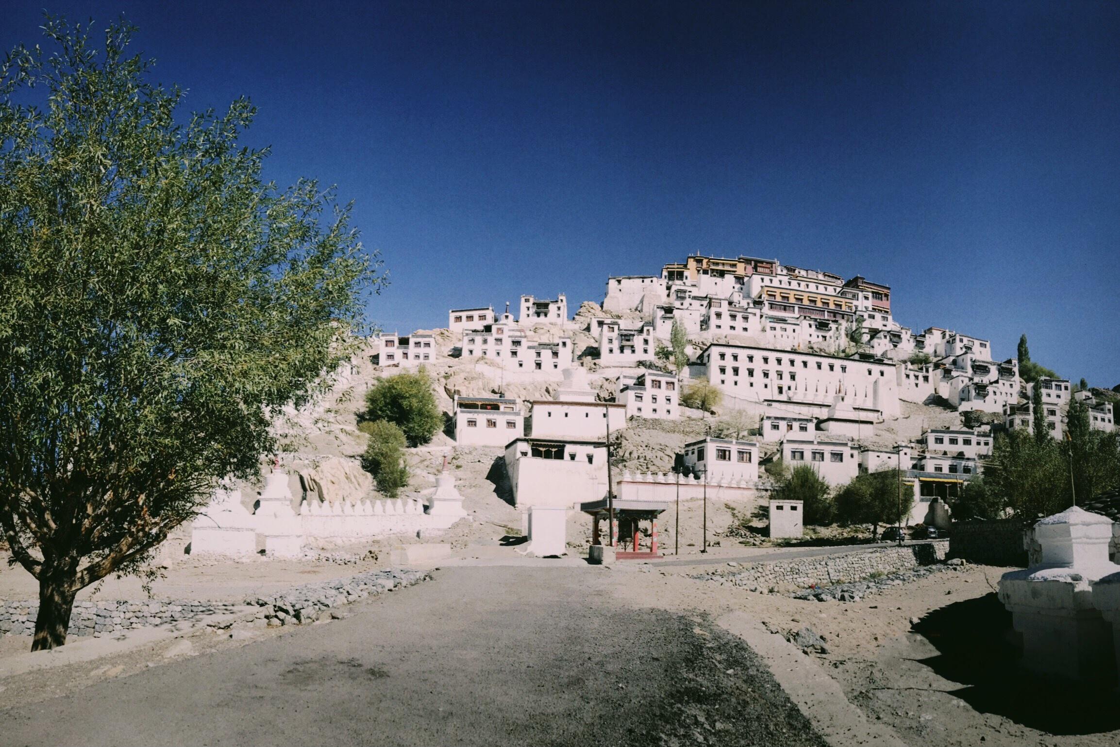 Duong den Ladakh - hanh trinh danh cho nhung doi chan khong biet moi hinh anh 22