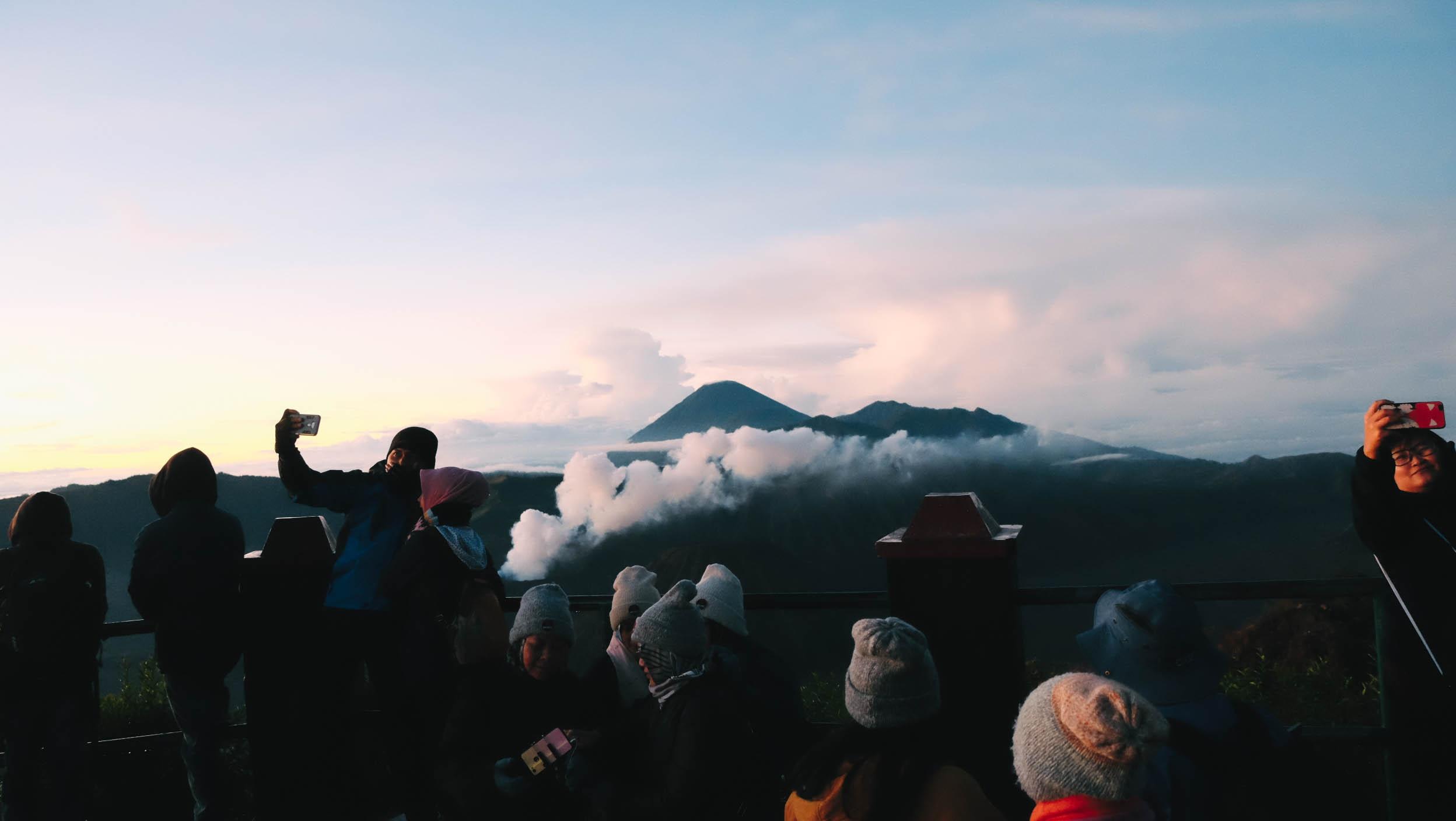 Nui lua Bromo,  Indonesia anh 41