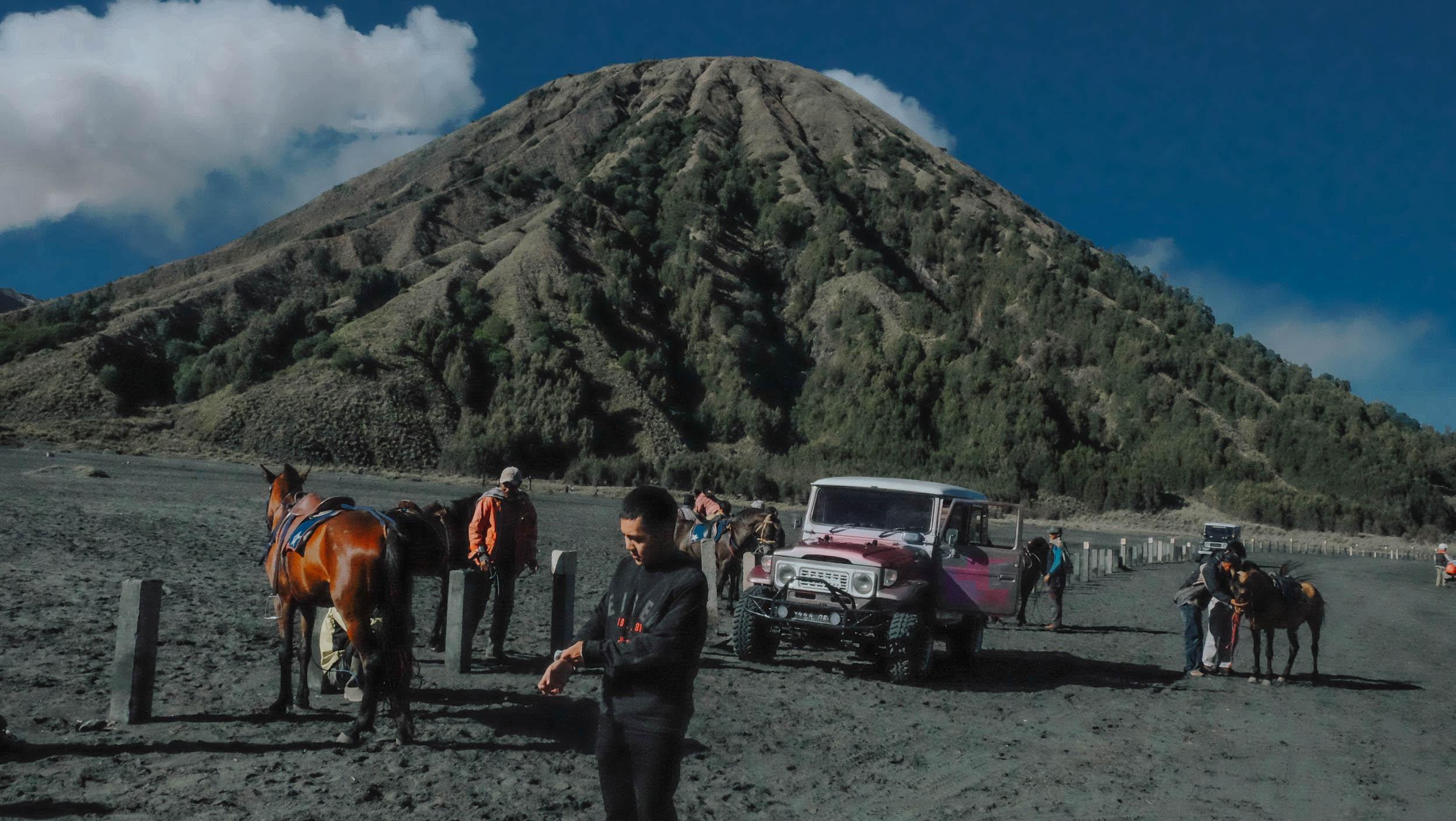 Nui lua Bromo,  Indonesia anh 23
