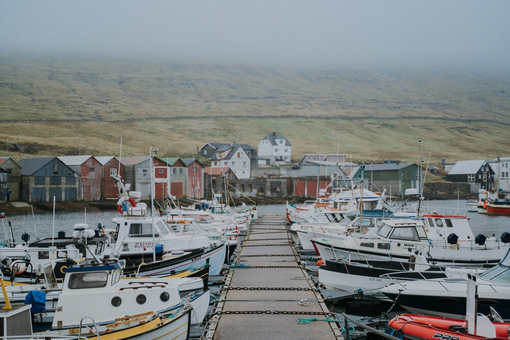 Cuoc song giau co o hon dao quanh nam mua bao hinh anh 9 Tu_Nguyen_Destination_Wedding_Photographer_Faroe_Islands_Elopement_Fiona_Alexia_233.jpg
