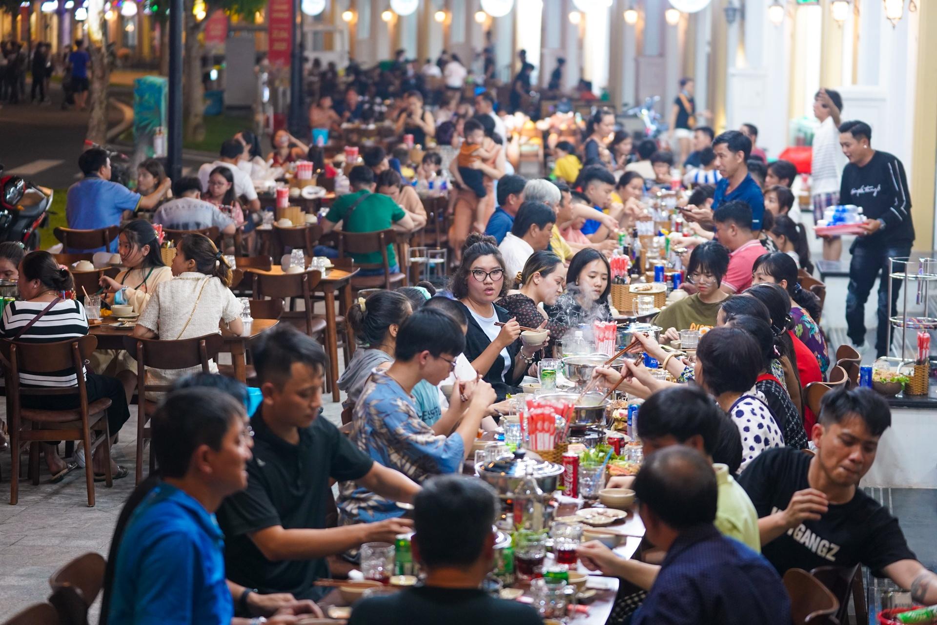 khu pho dem Phu Quoc anh 8