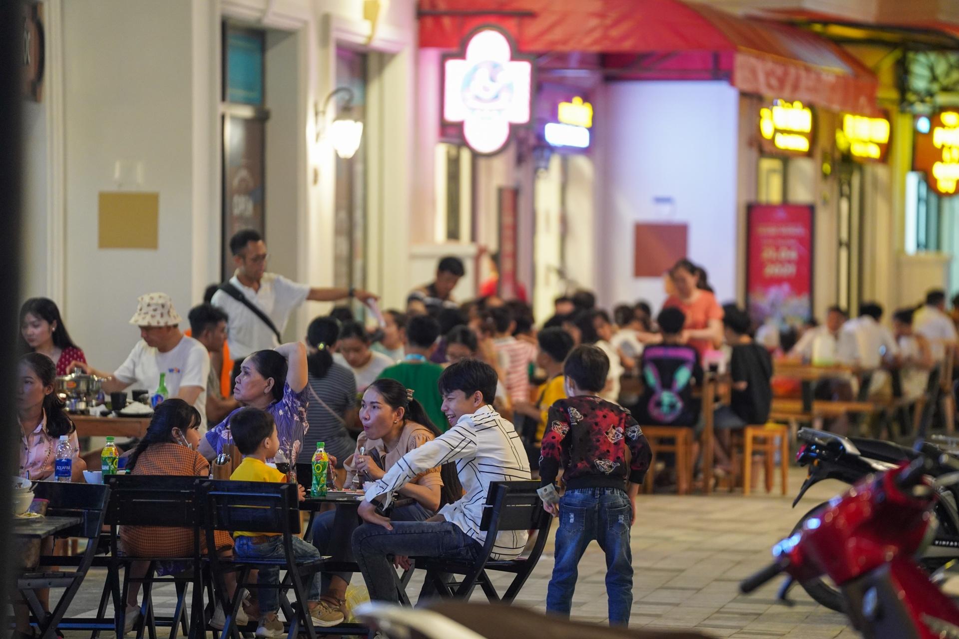 khu pho dem Phu Quoc anh 7