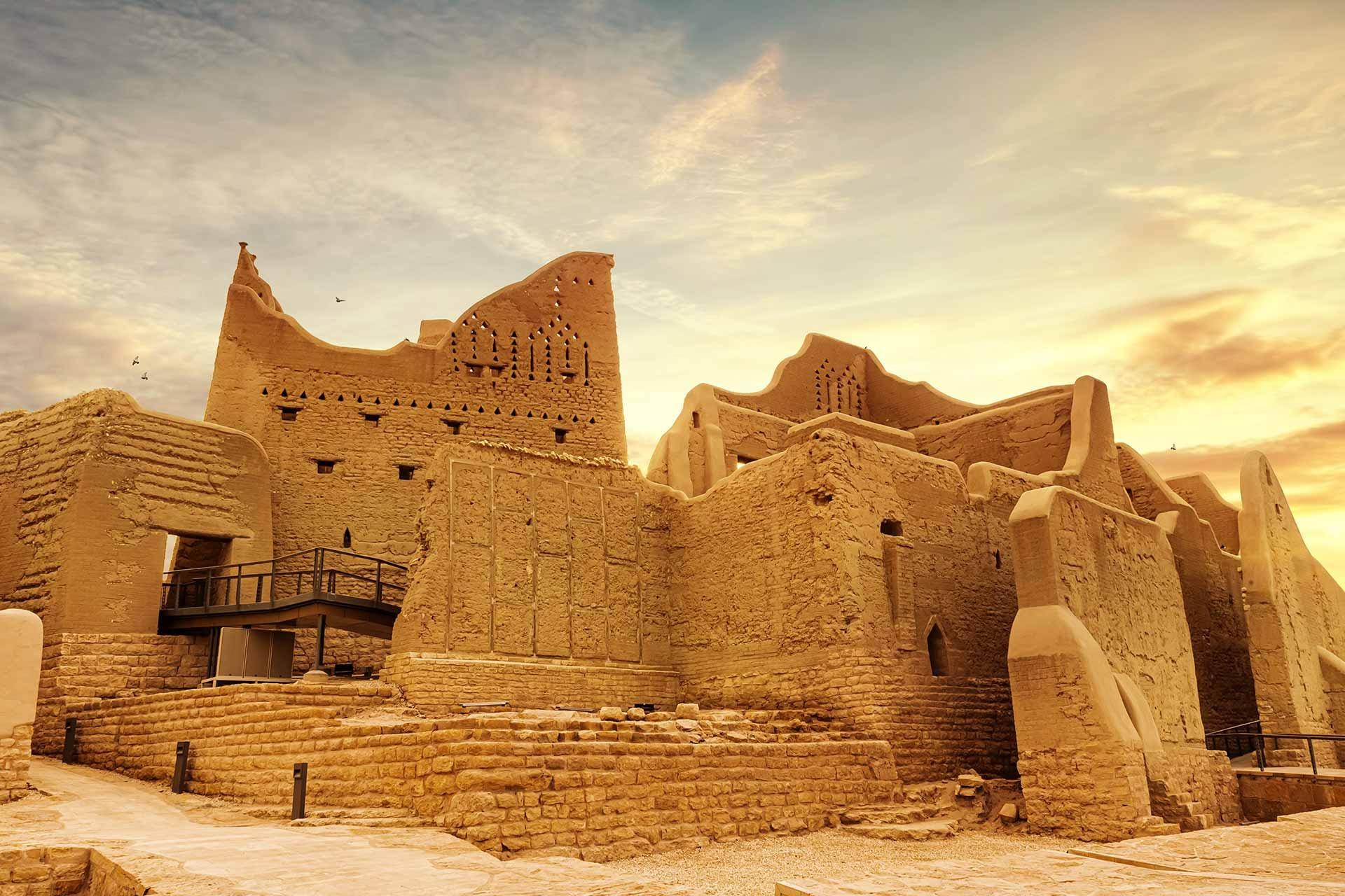Những điểm du lịch hấp dẫn ở Saudi Arabia - Ảnh 2.