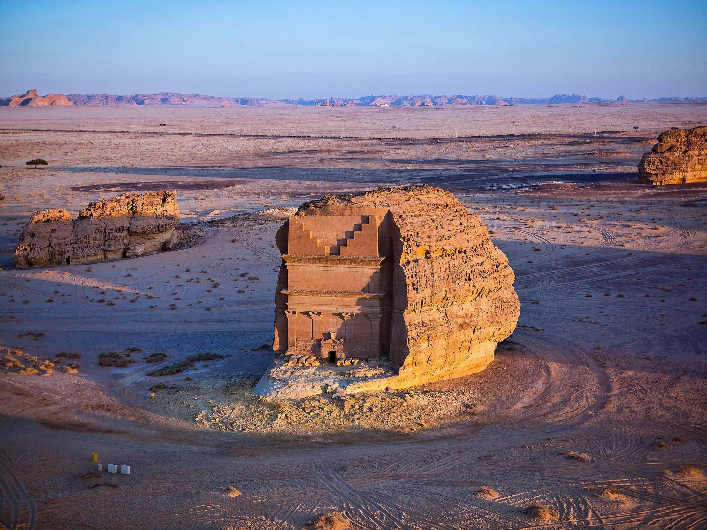 Những điểm du lịch hấp dẫn ở Saudi Arabia - Ảnh 8.