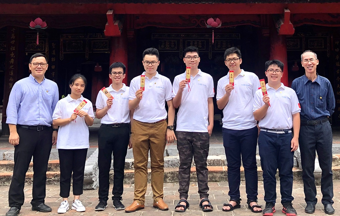 Olympic Toan quoc te 2020 anh 1
