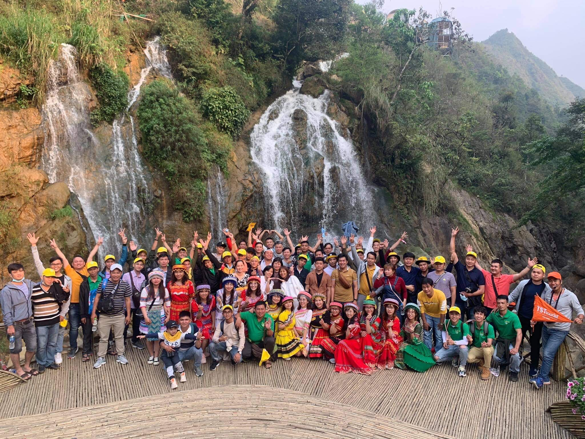 tour du lich 30/4-1/5 anh 1  - 941eb91d49a3bafde3b2 - Mỗi ngày có hàng nghìn khách mua tour du lịch 30/4-1/5