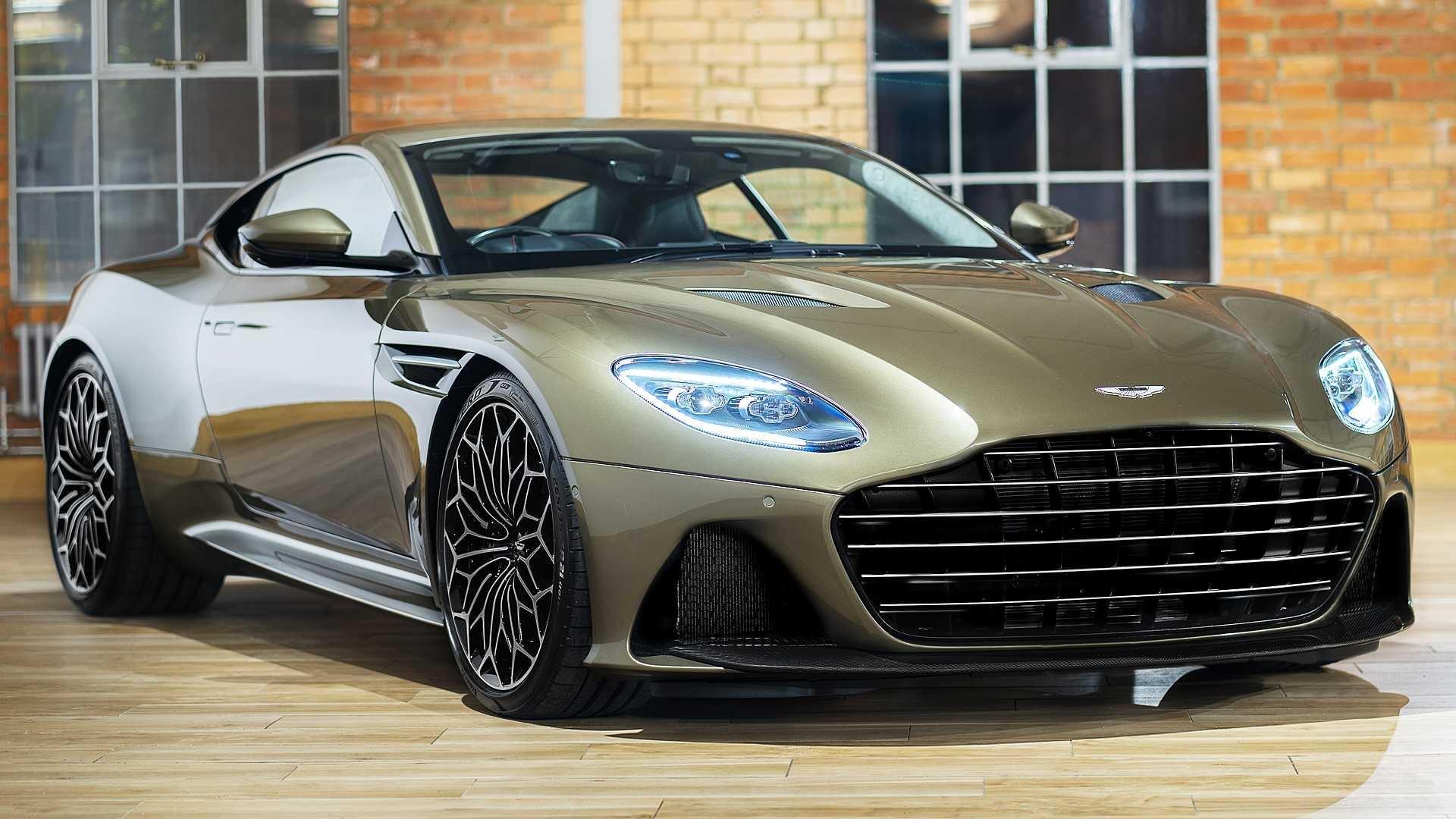 Sẽ chỉ có 50 chiếc DBS Superleggera James Bond Special Edition được sản xuất trên toàn thế giới, với mức giá từ 382.000 USD, đắt hơn 95.000 USD so với bản tiêu chuẩn. Quá trình giao hàng dự kiến bắt đầu vào quý IV năm nay.